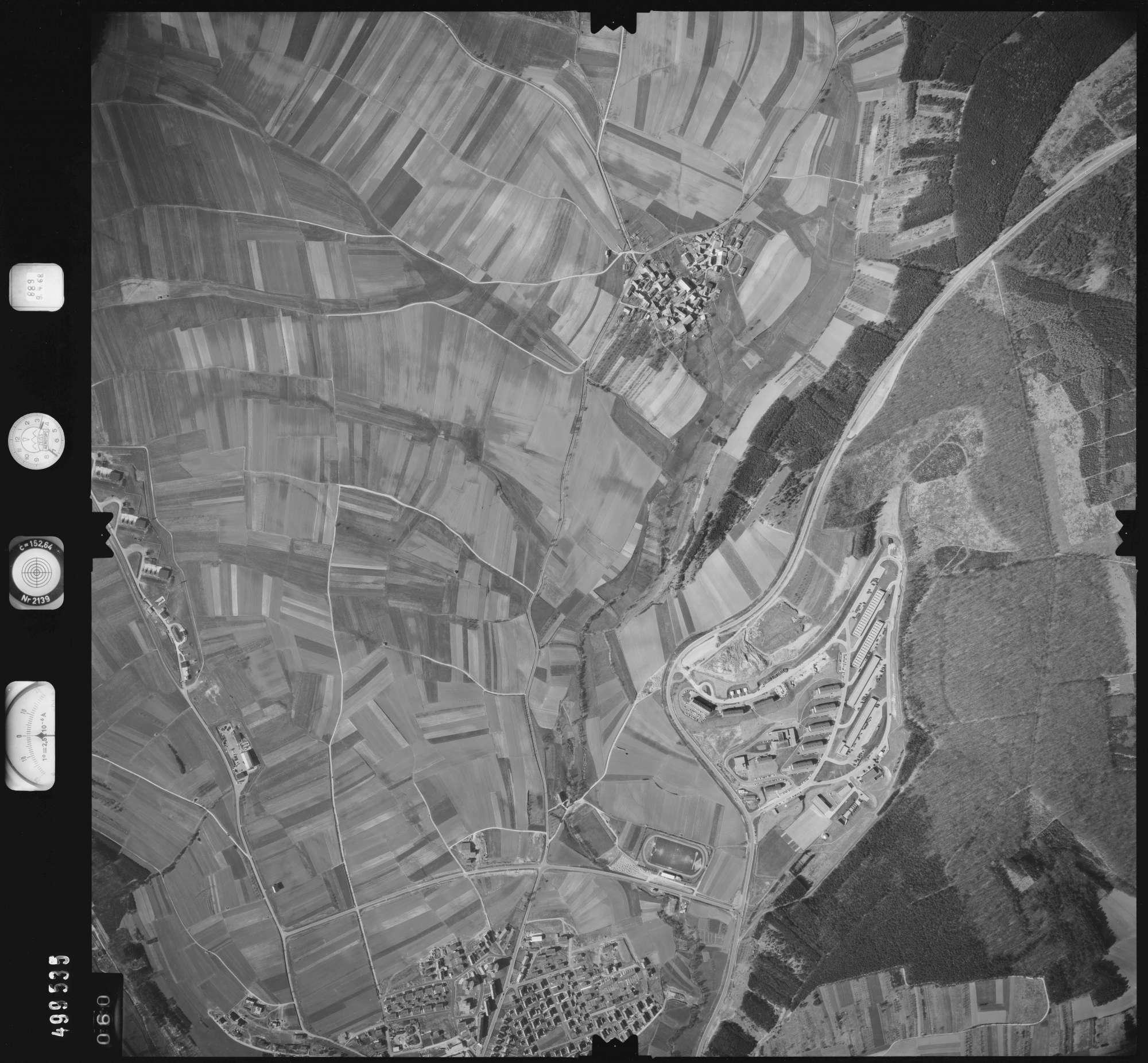 Luftbild: Film 890 Bildnr. 60, Bild 1