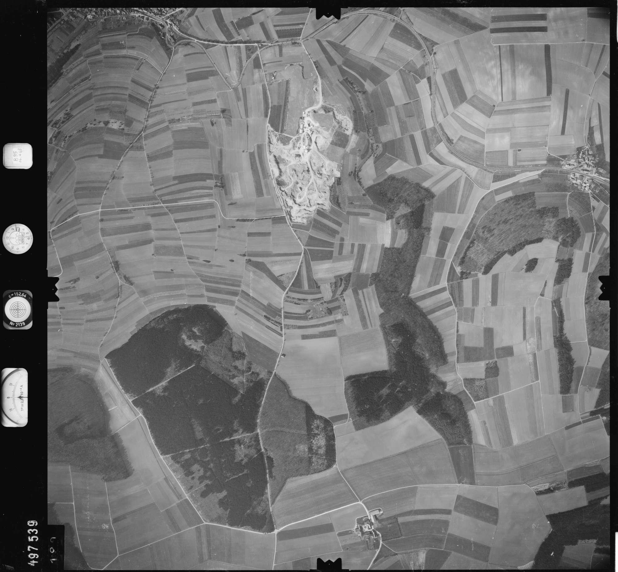 Luftbild: Film 895 Bildnr. 190, Bild 1