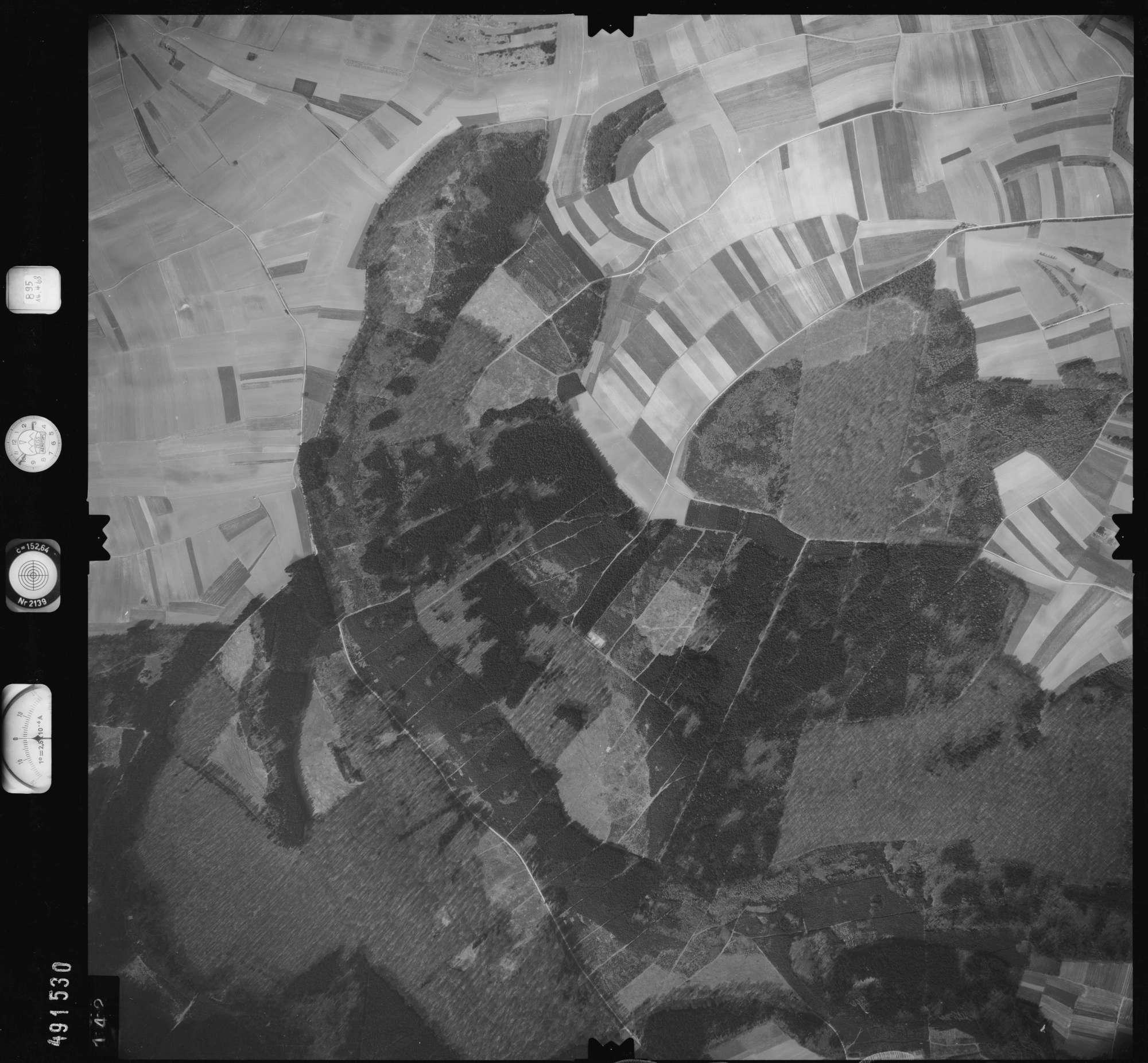 Luftbild: Film 895 Bildnr. 142, Bild 1