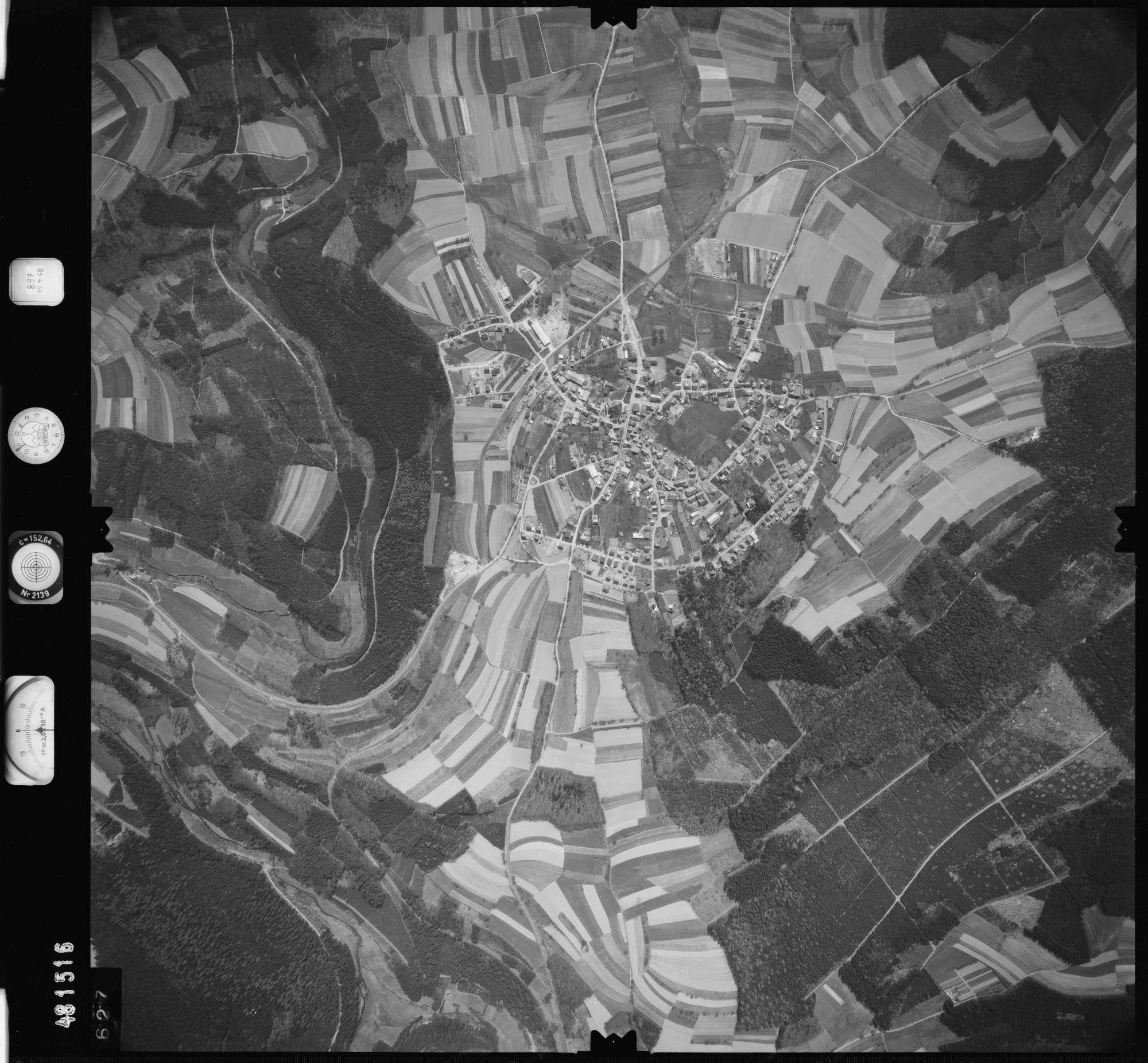 Luftbild: Film 897 Bildnr. 627, Bild 1