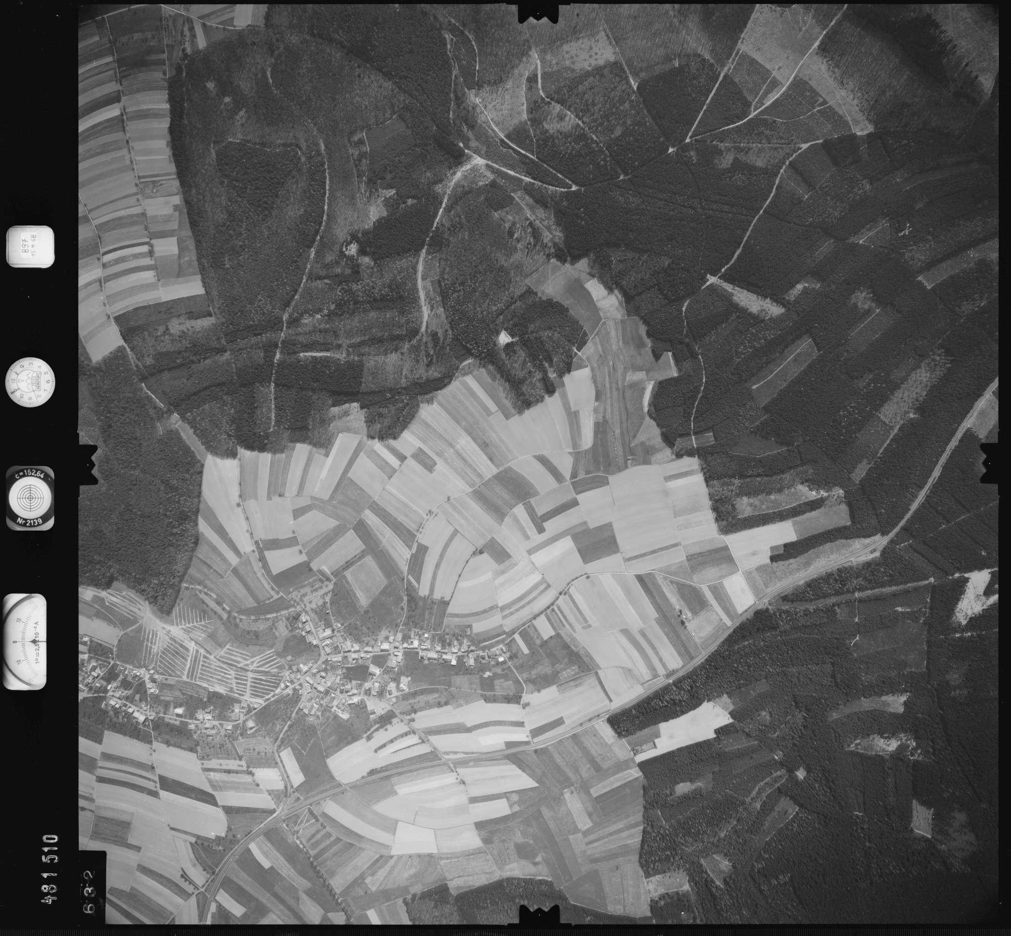Luftbild: Film 897 Bildnr. 632, Bild 1