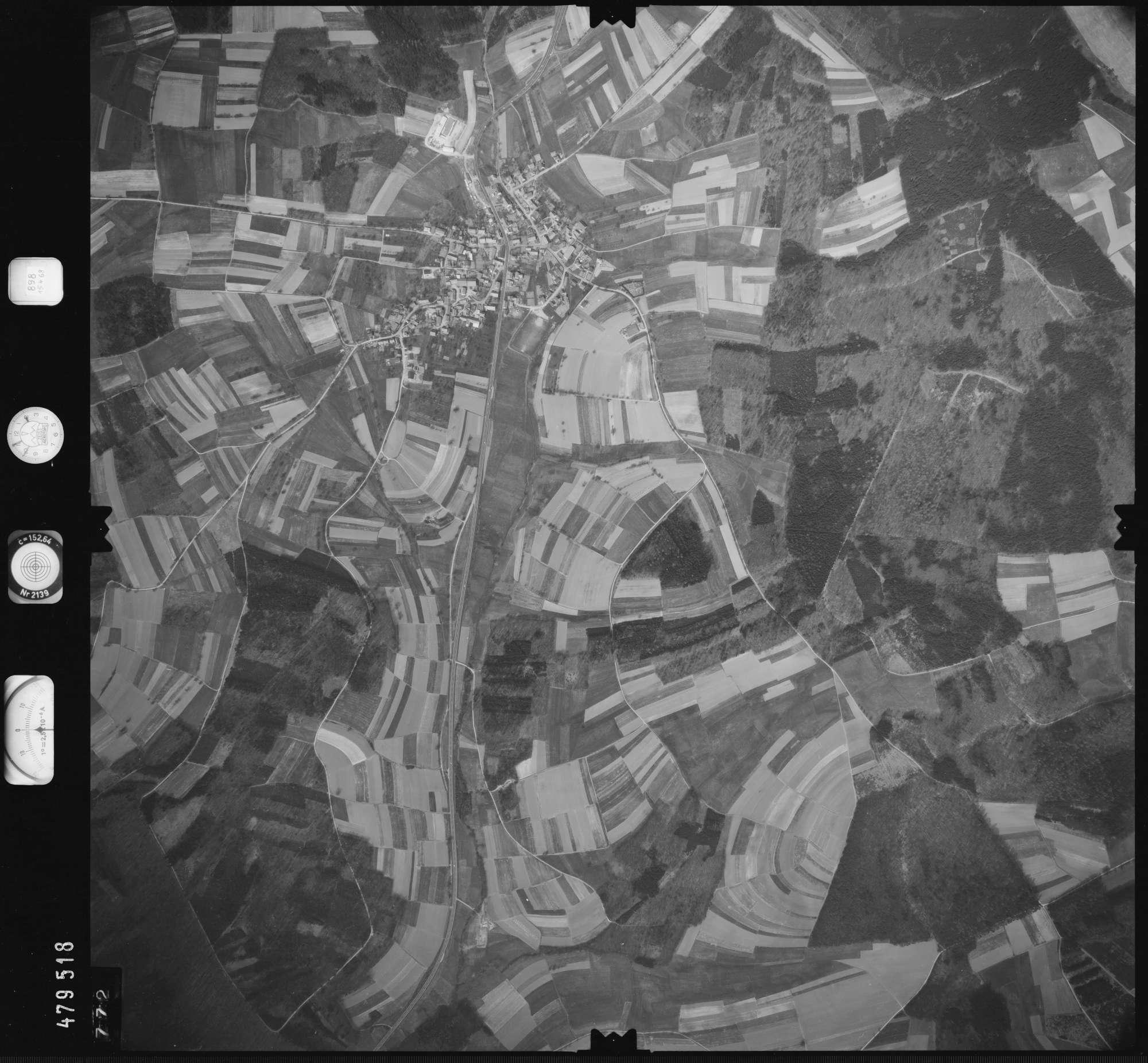 Luftbild: Film 898 Bildnr. 772, Bild 1
