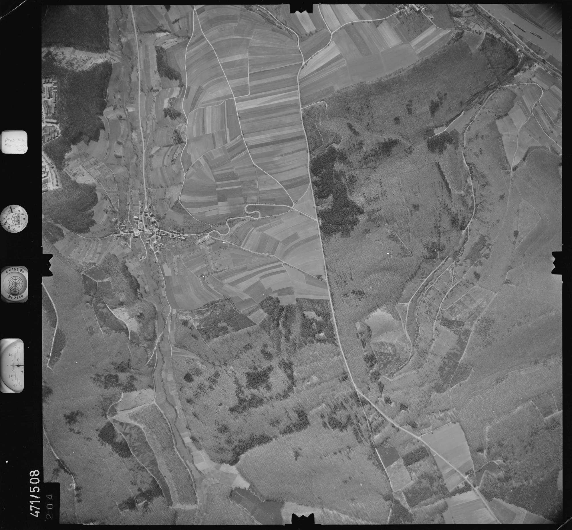 Luftbild: Film 100 Bildnr. 204, Bild 1