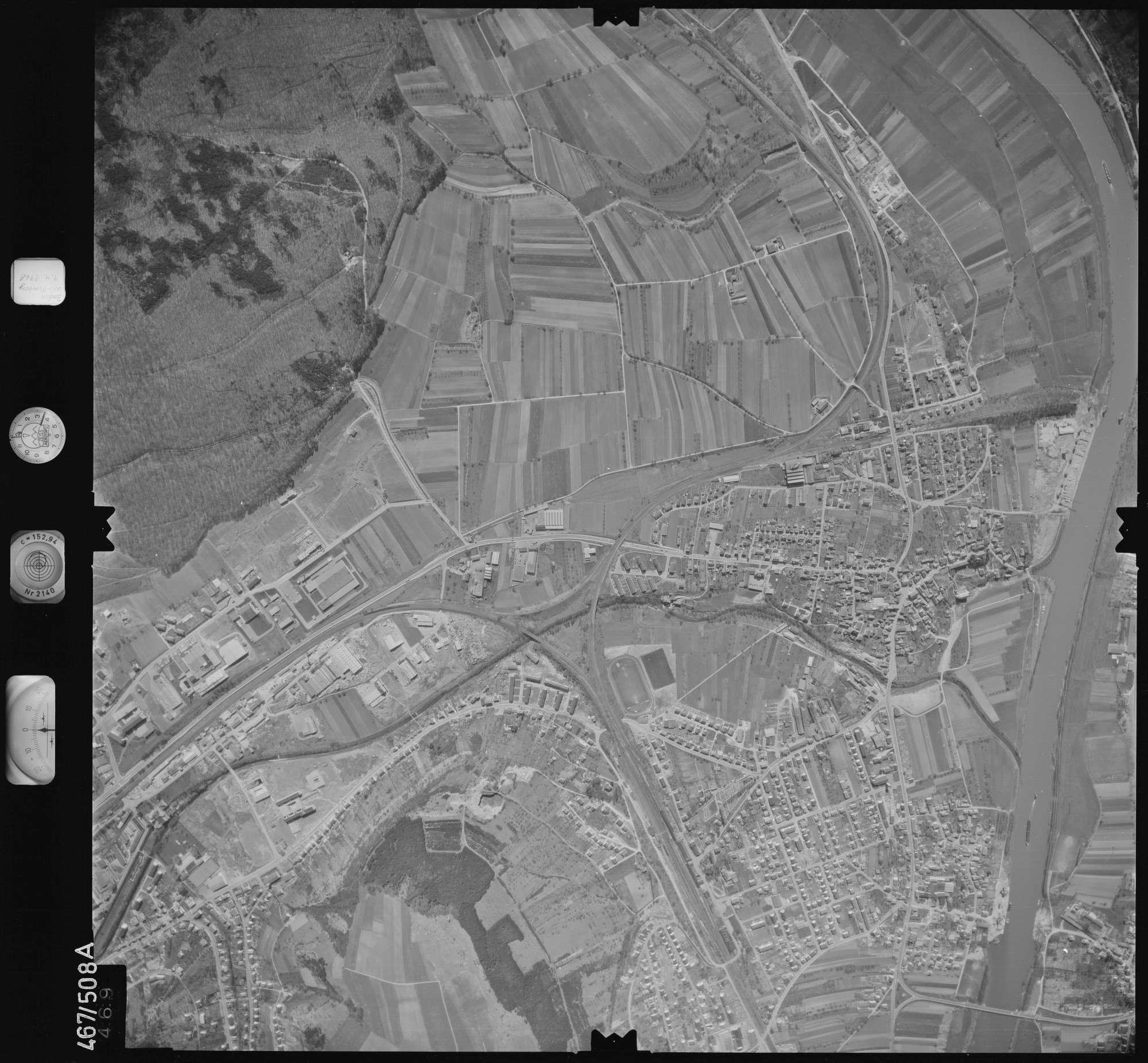 Luftbild: Film 101 Bildnr. 469, Bild 1