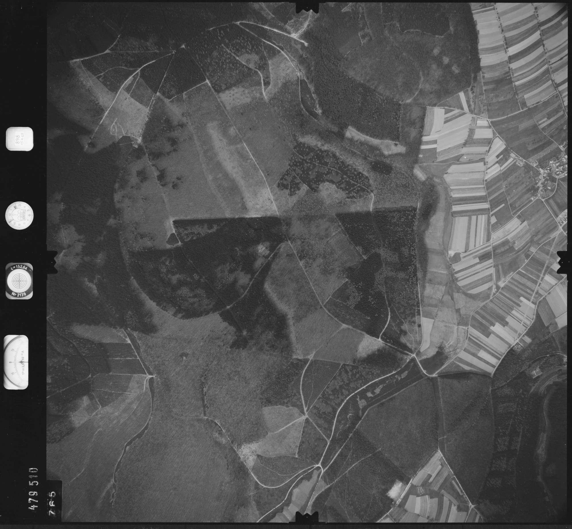 Luftbild: Film 898 Bildnr. 765, Bild 1