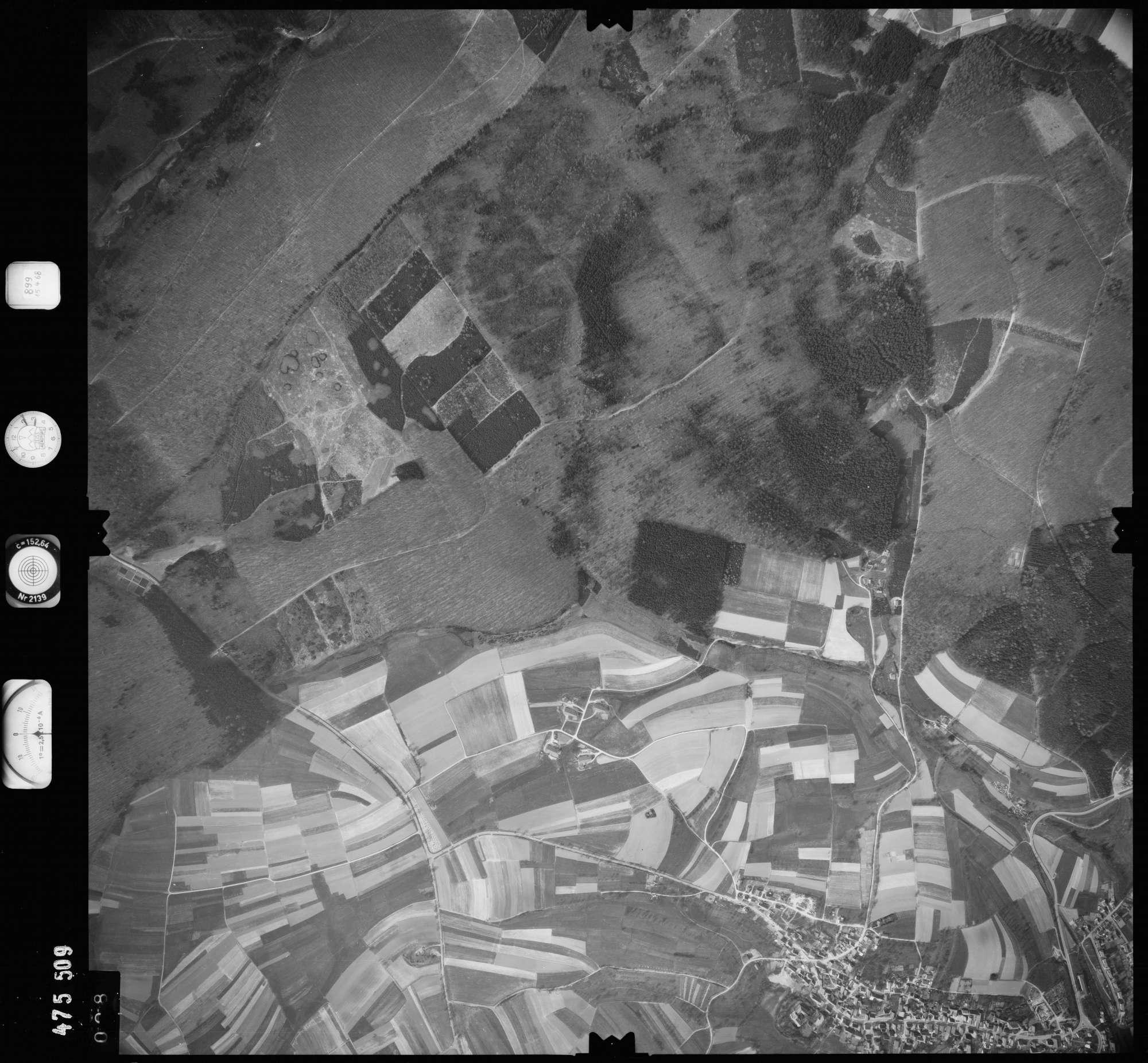 Luftbild: Film 899 Bildnr. 28, Bild 1