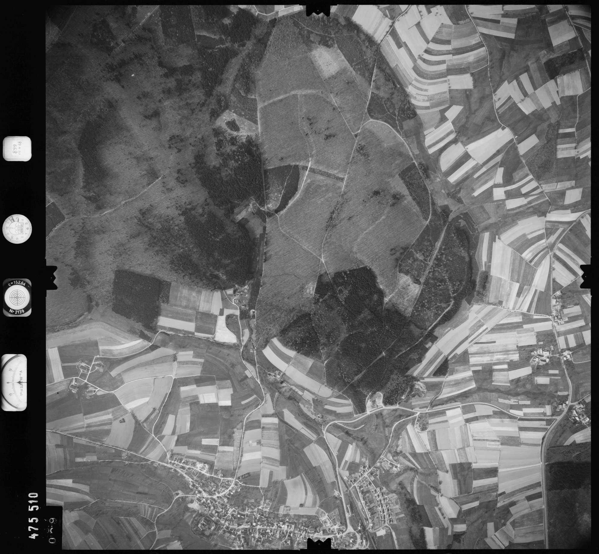 Luftbild: Film 899 Bildnr. 29, Bild 1