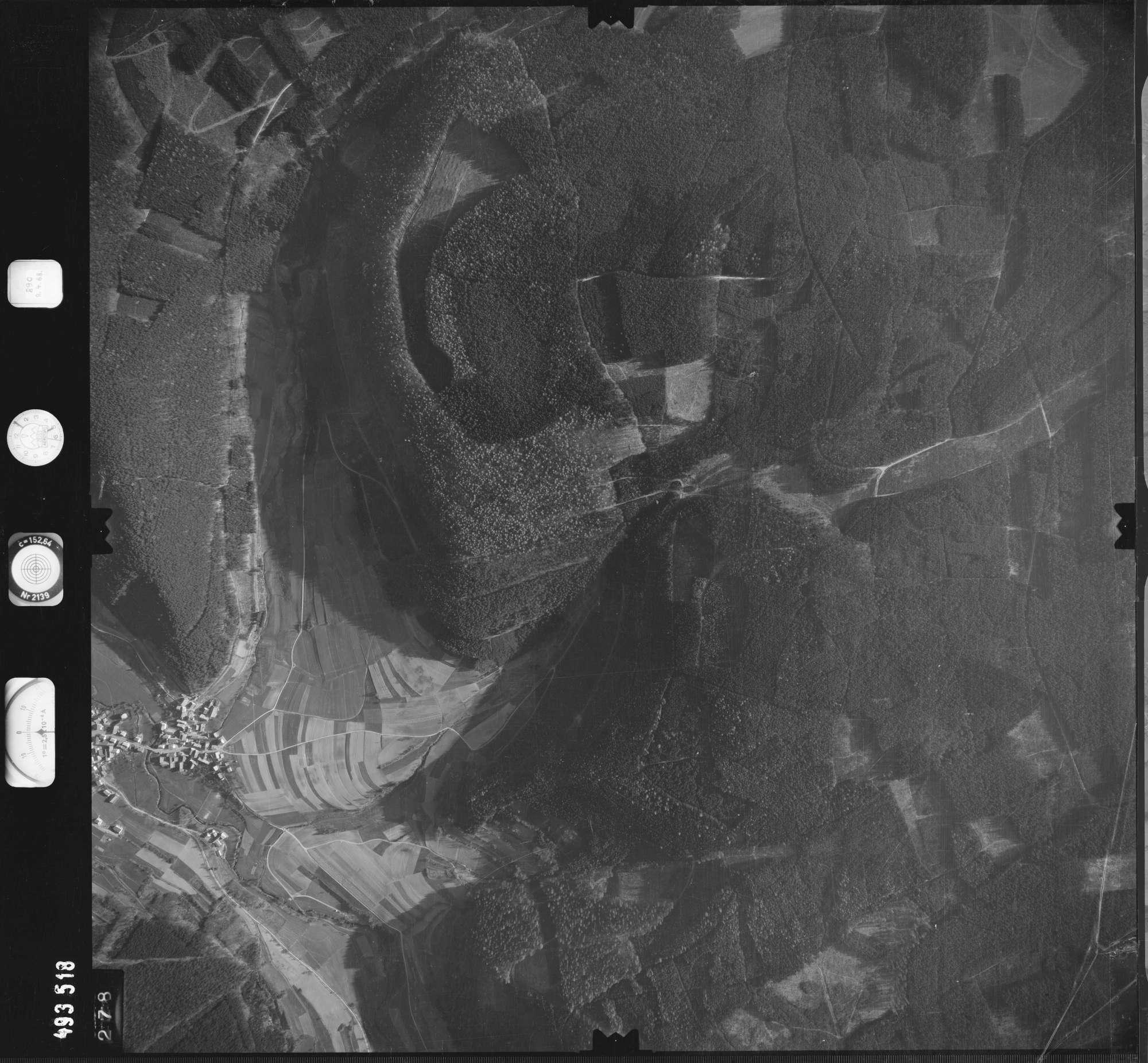 Luftbild: Film 889 Bildnr. 278, Bild 1