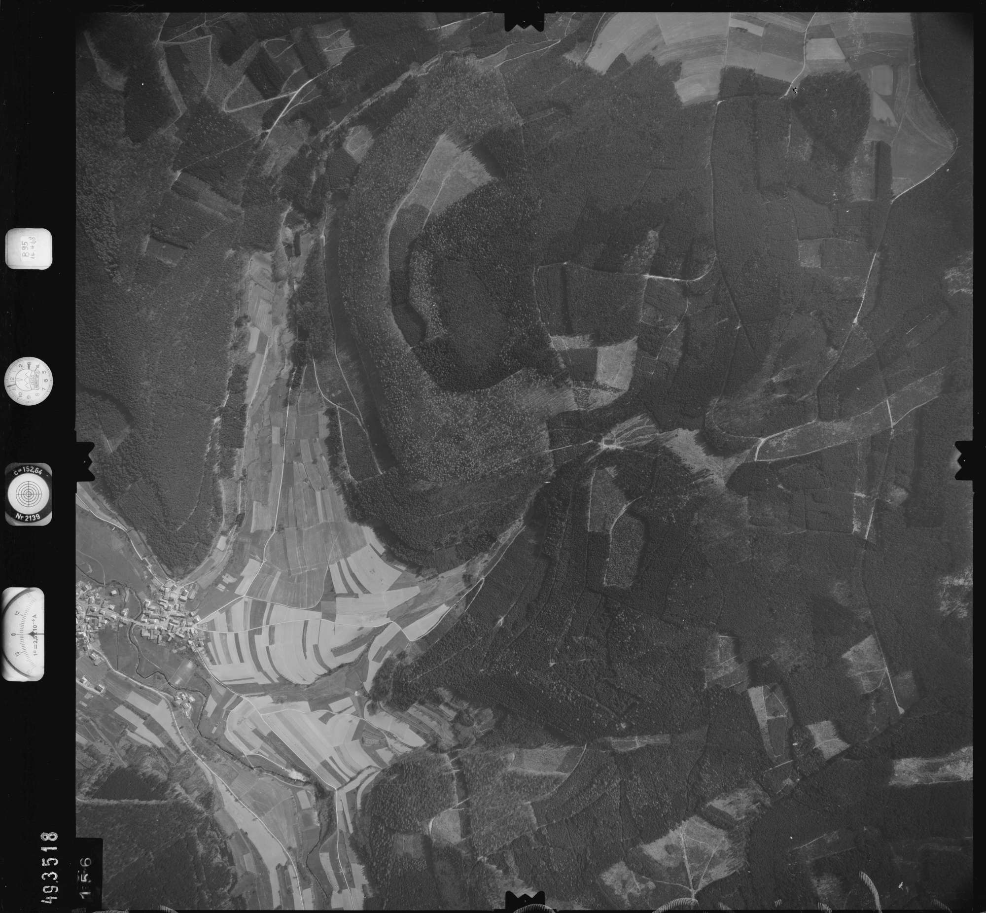 Luftbild: Film 895 Bildnr. 156, Bild 1