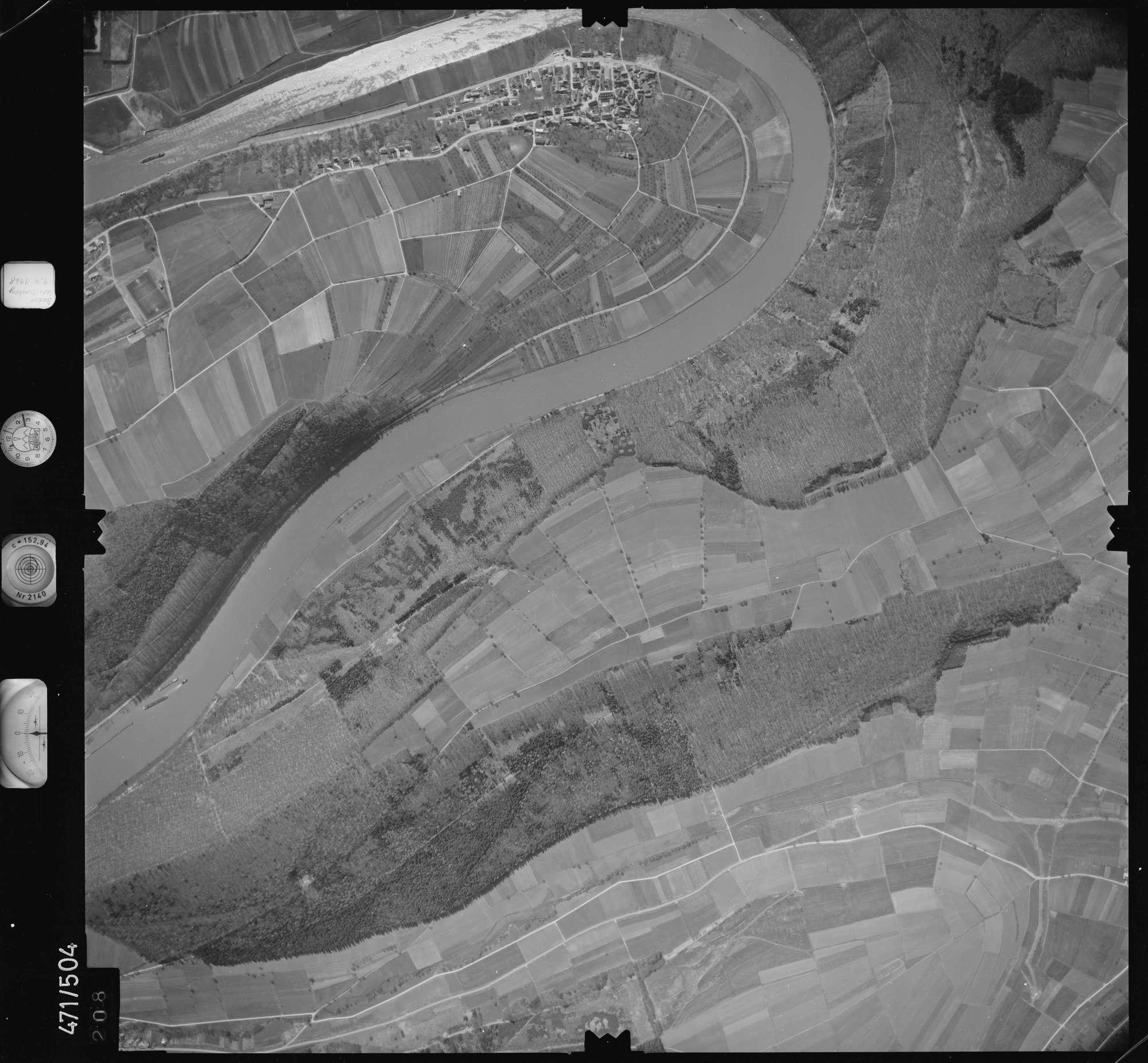 Luftbild: Film 100 Bildnr. 208, Bild 1