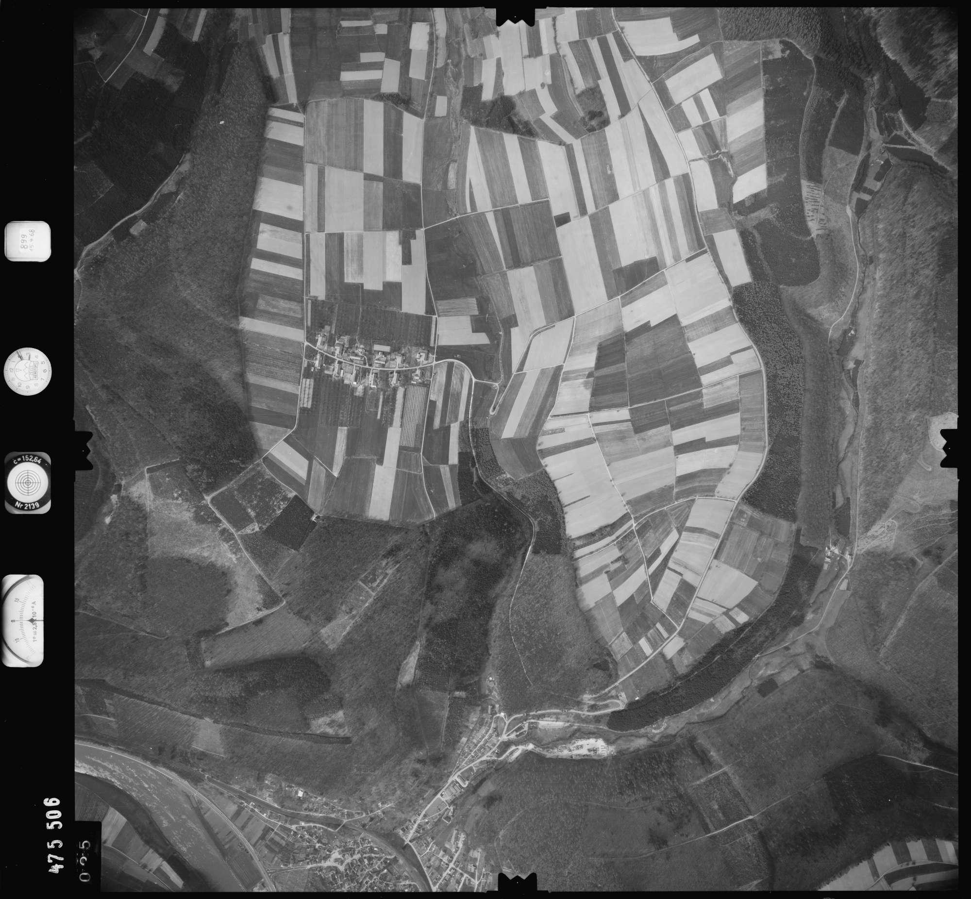Luftbild: Film 899 Bildnr. 25, Bild 1