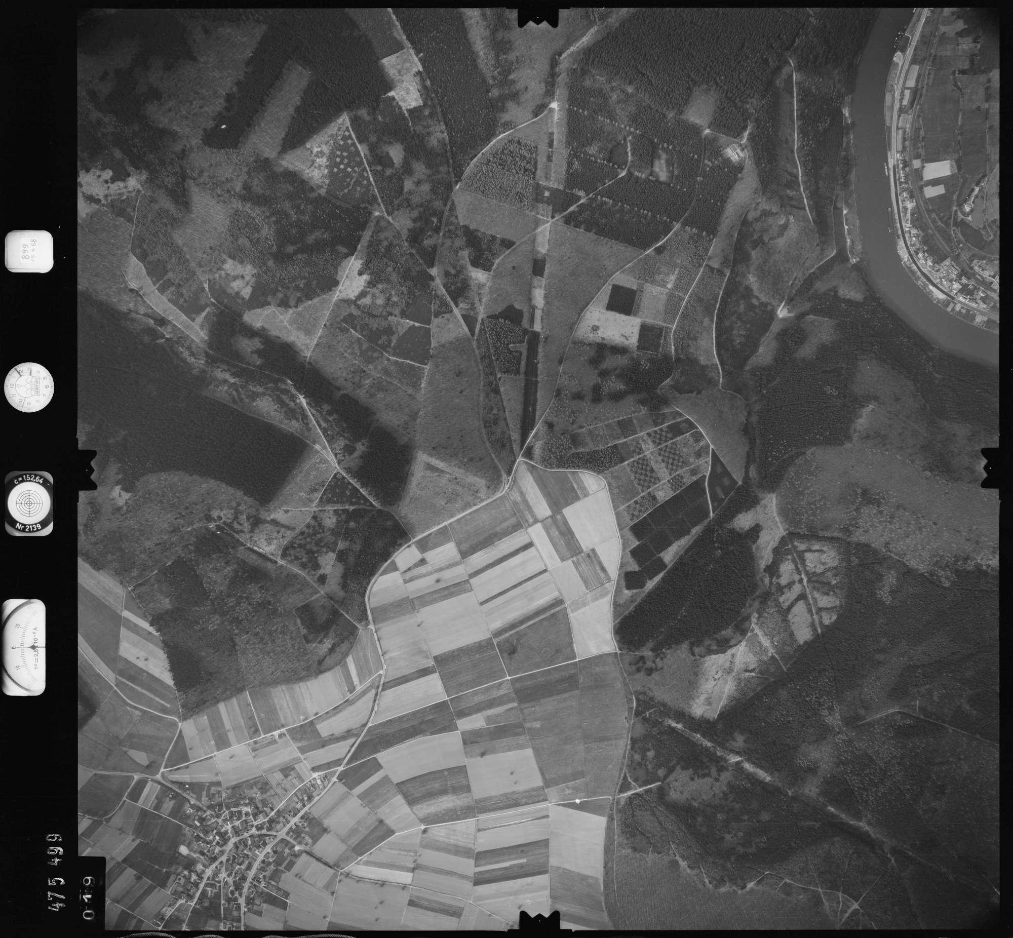 Luftbild: Film 899 Bildnr. 19, Bild 1