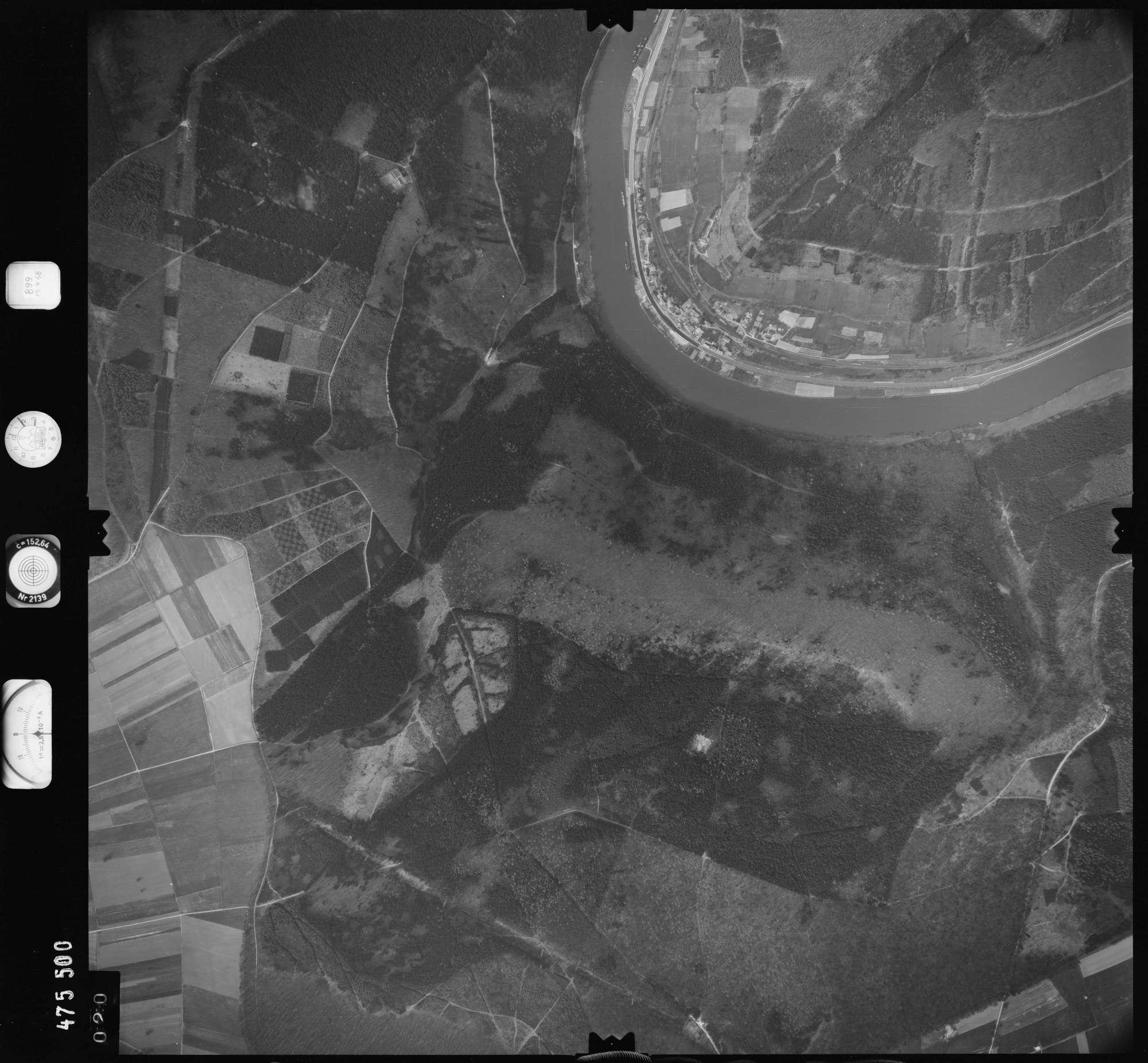 Luftbild: Film 899 Bildnr. 20, Bild 1