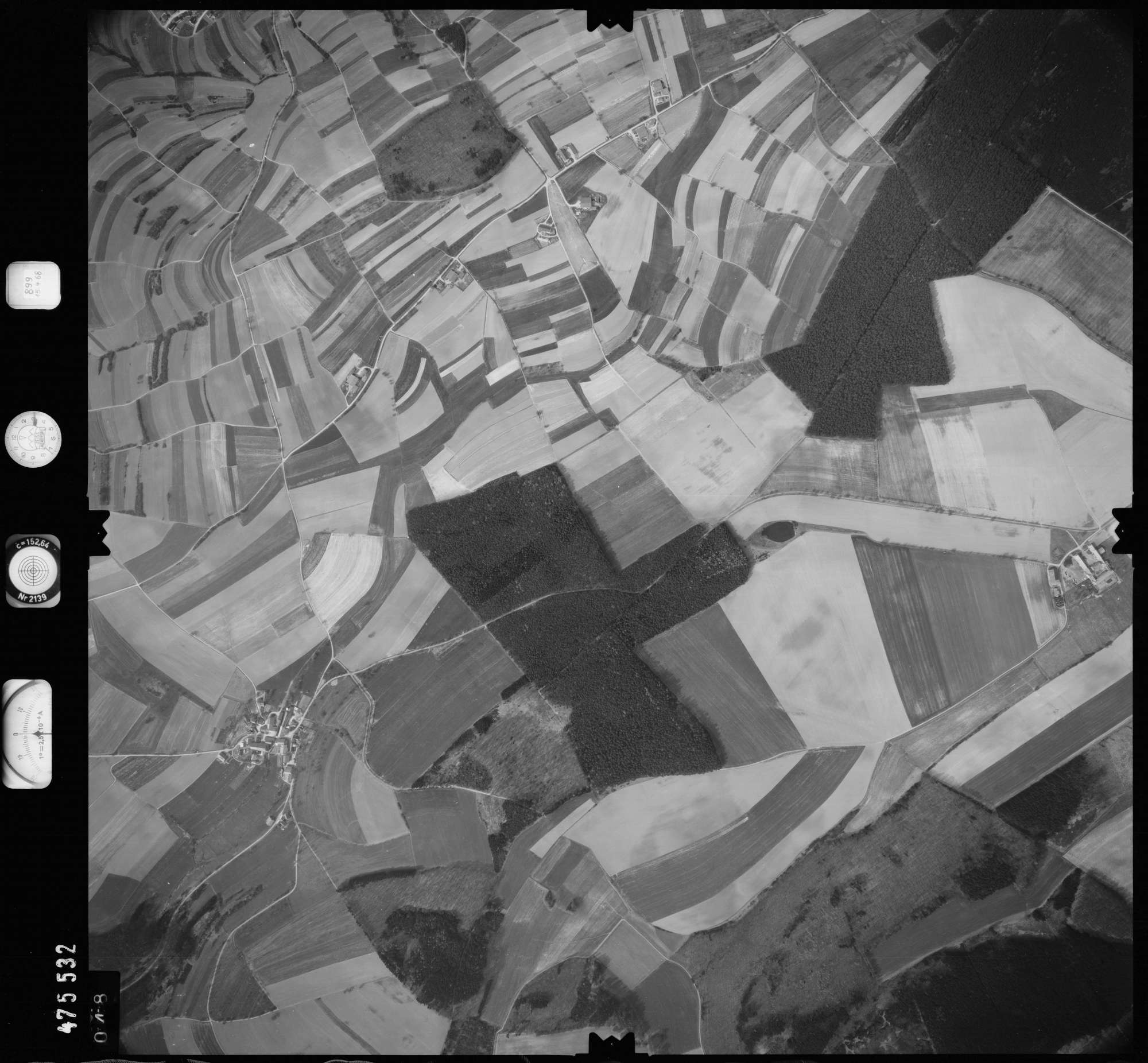 Luftbild: Film 899 Bildnr. 48, Bild 1