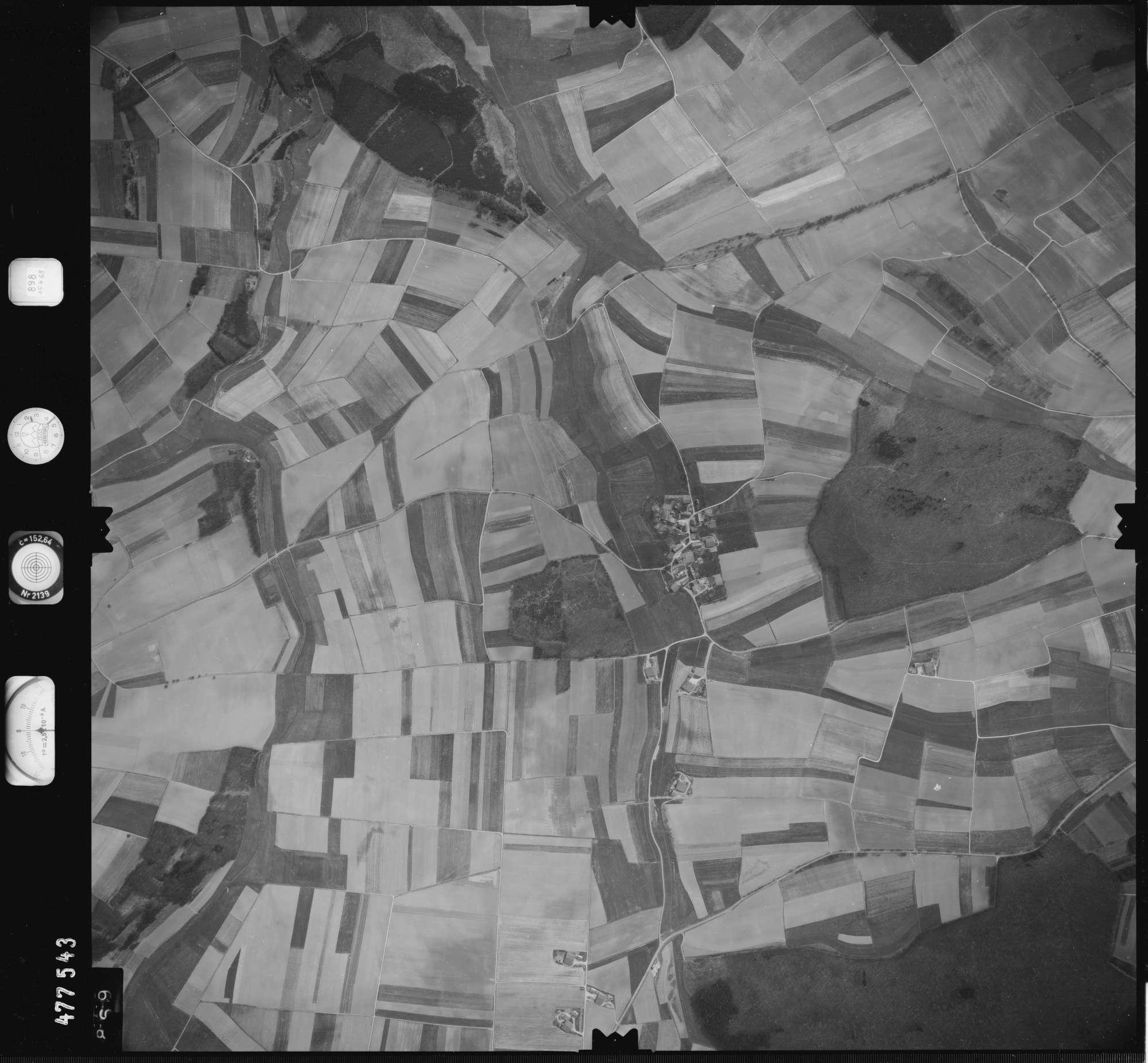Luftbild: Film 898 Bildnr. 869, Bild 1