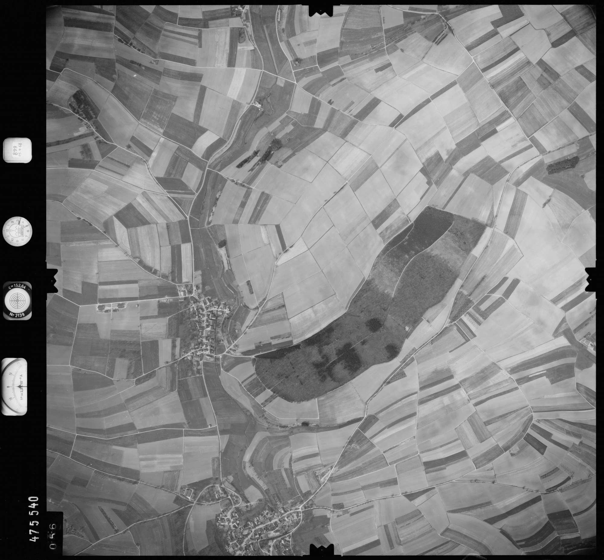Luftbild: Film 899 Bildnr. 56, Bild 1