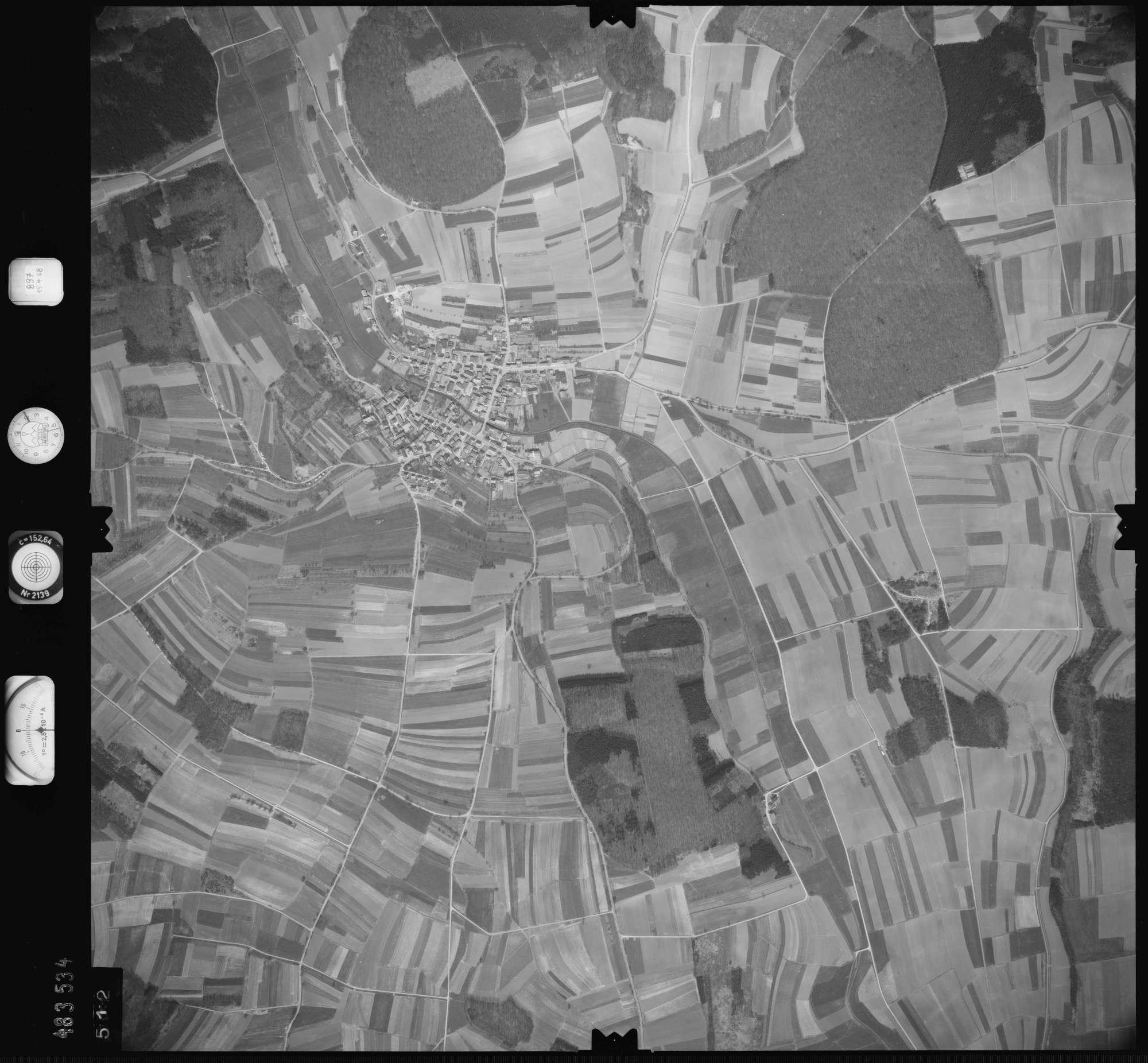 Luftbild: Film 897 Bildnr. 512, Bild 1