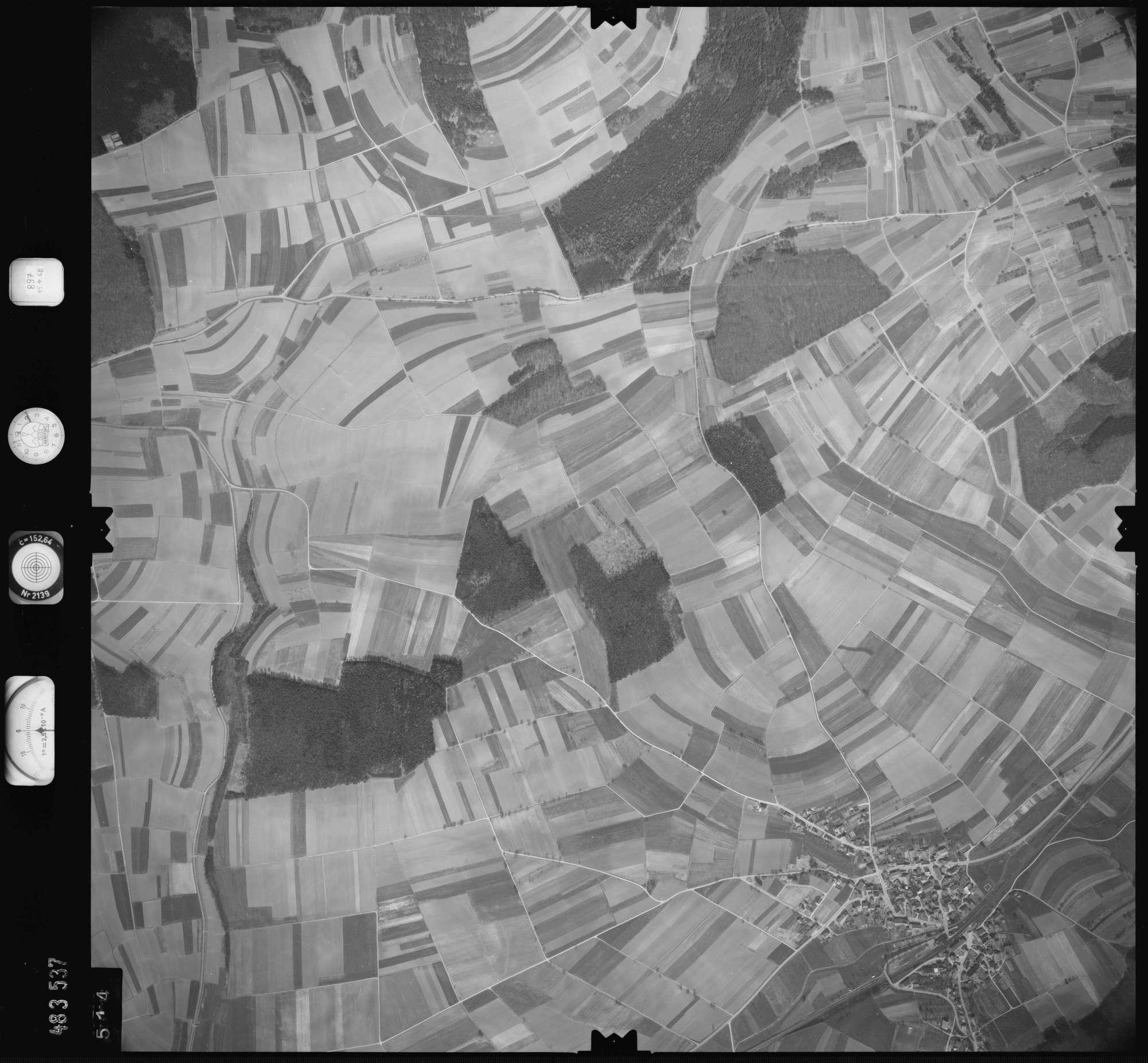 Luftbild: Film 897 Bildnr. 514, Bild 1