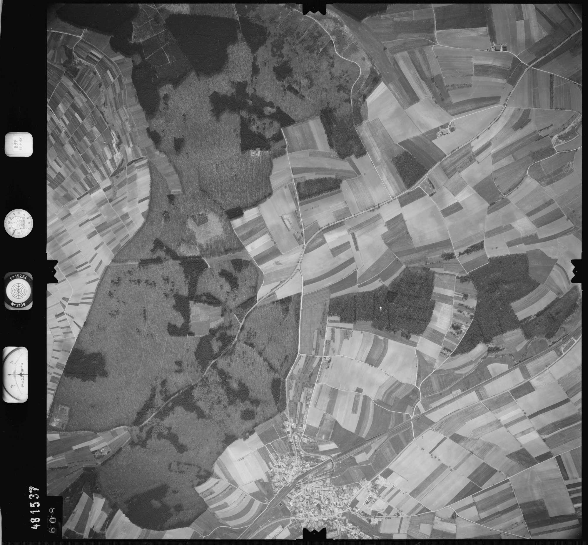 Luftbild: Film 897 Bildnr. 608, Bild 1