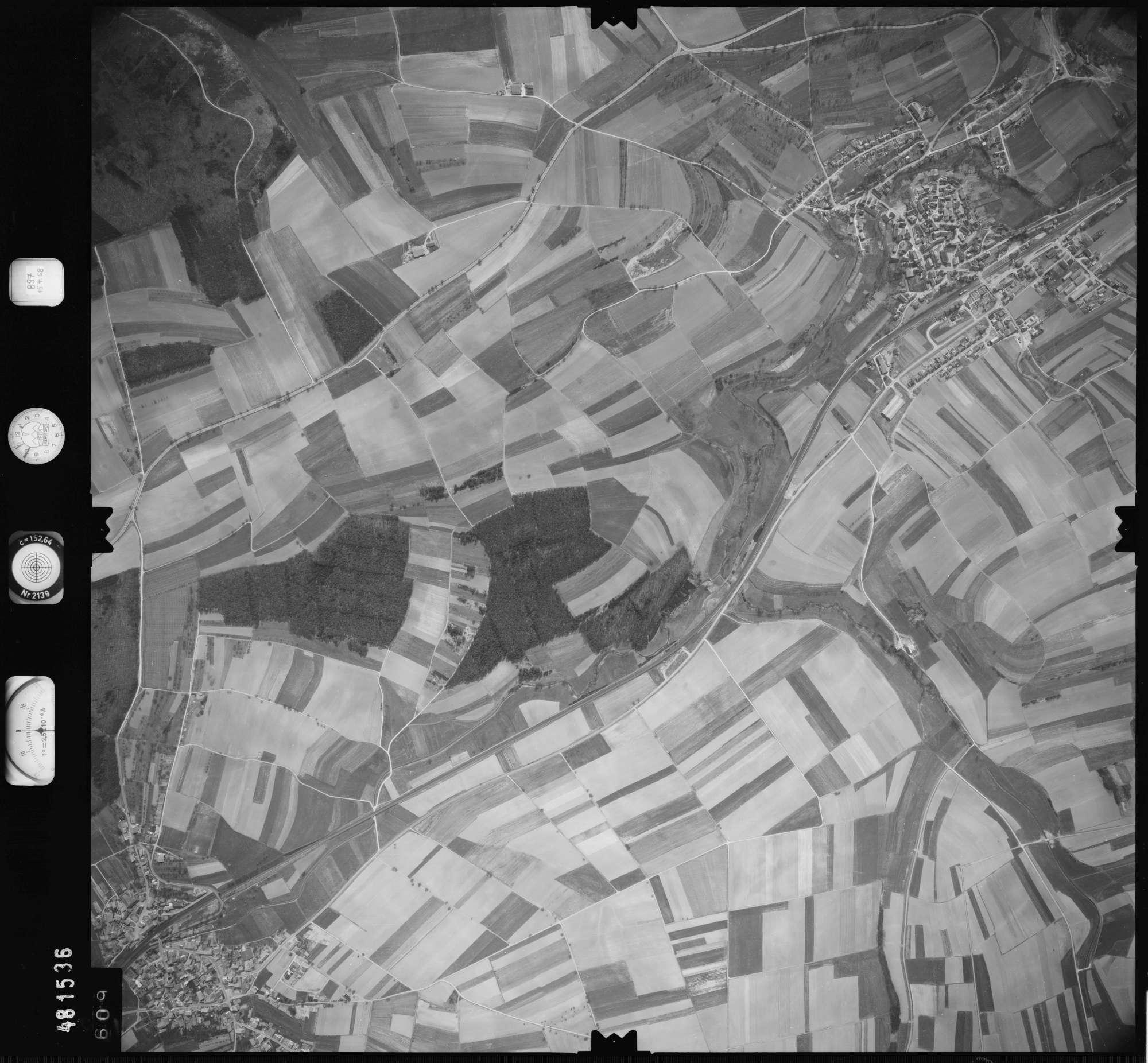 Luftbild: Film 897 Bildnr. 609, Bild 1