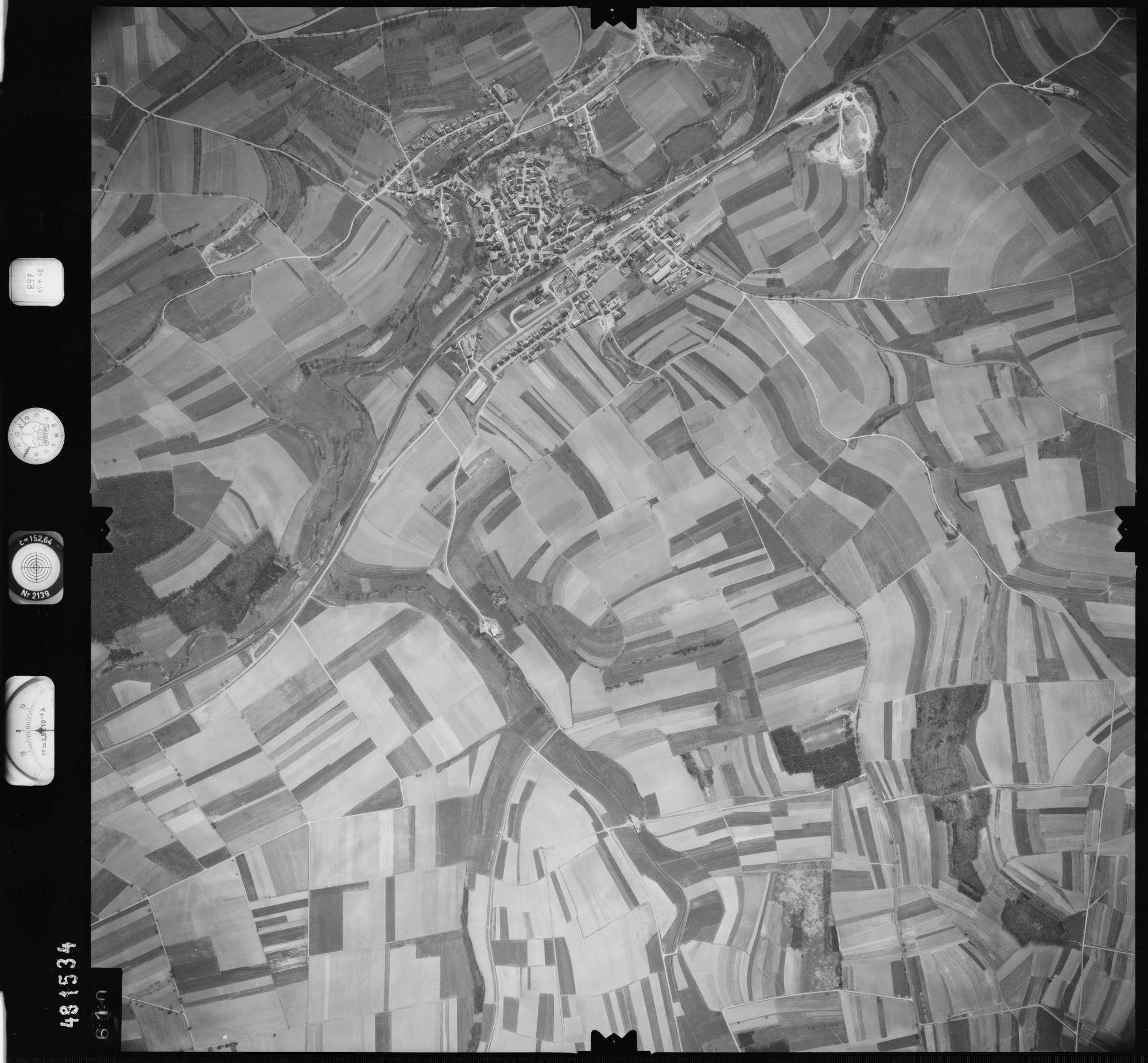 Luftbild: Film 897 Bildnr. 610, Bild 1