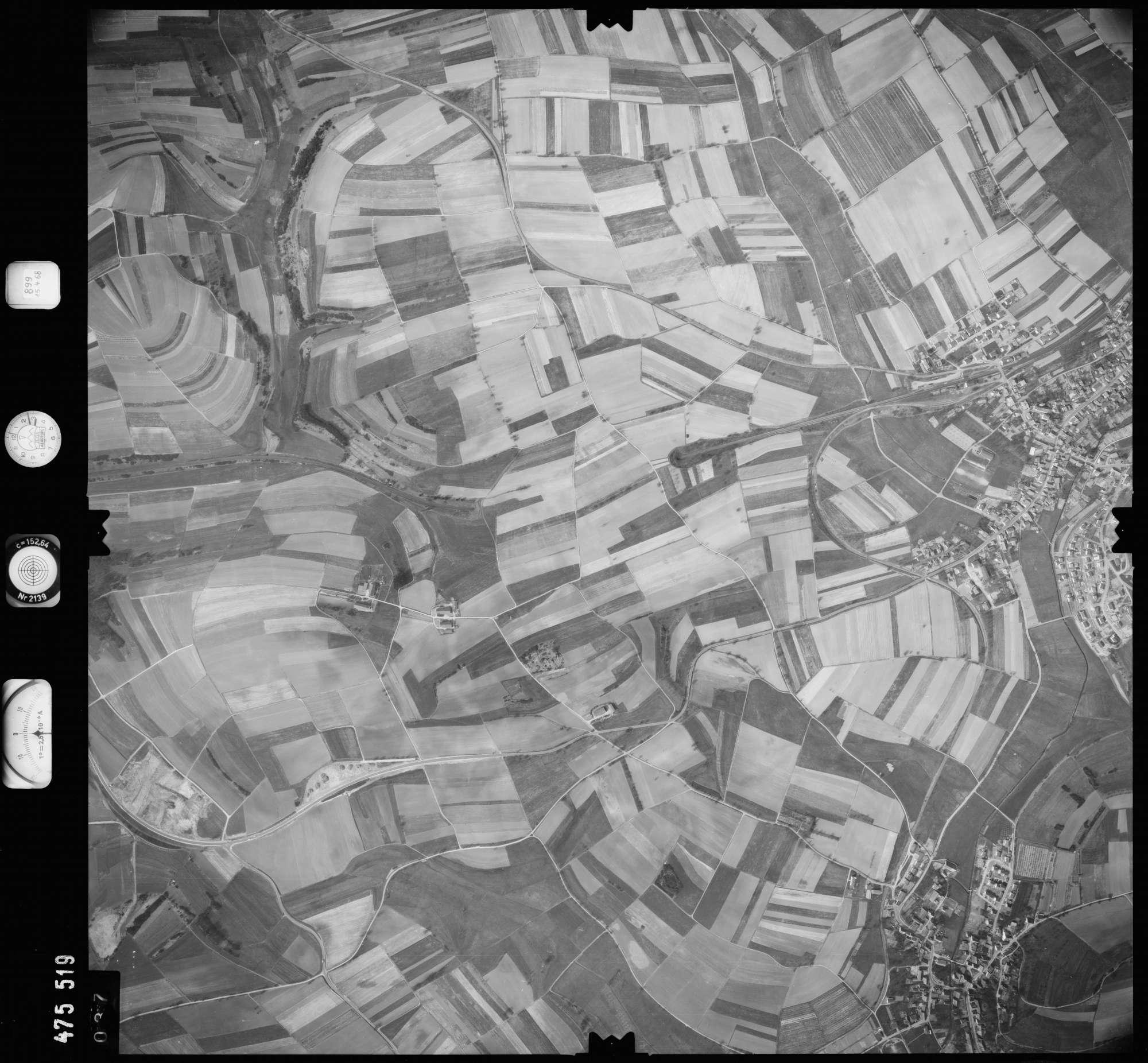 Luftbild: Film 899 Bildnr. 37, Bild 1