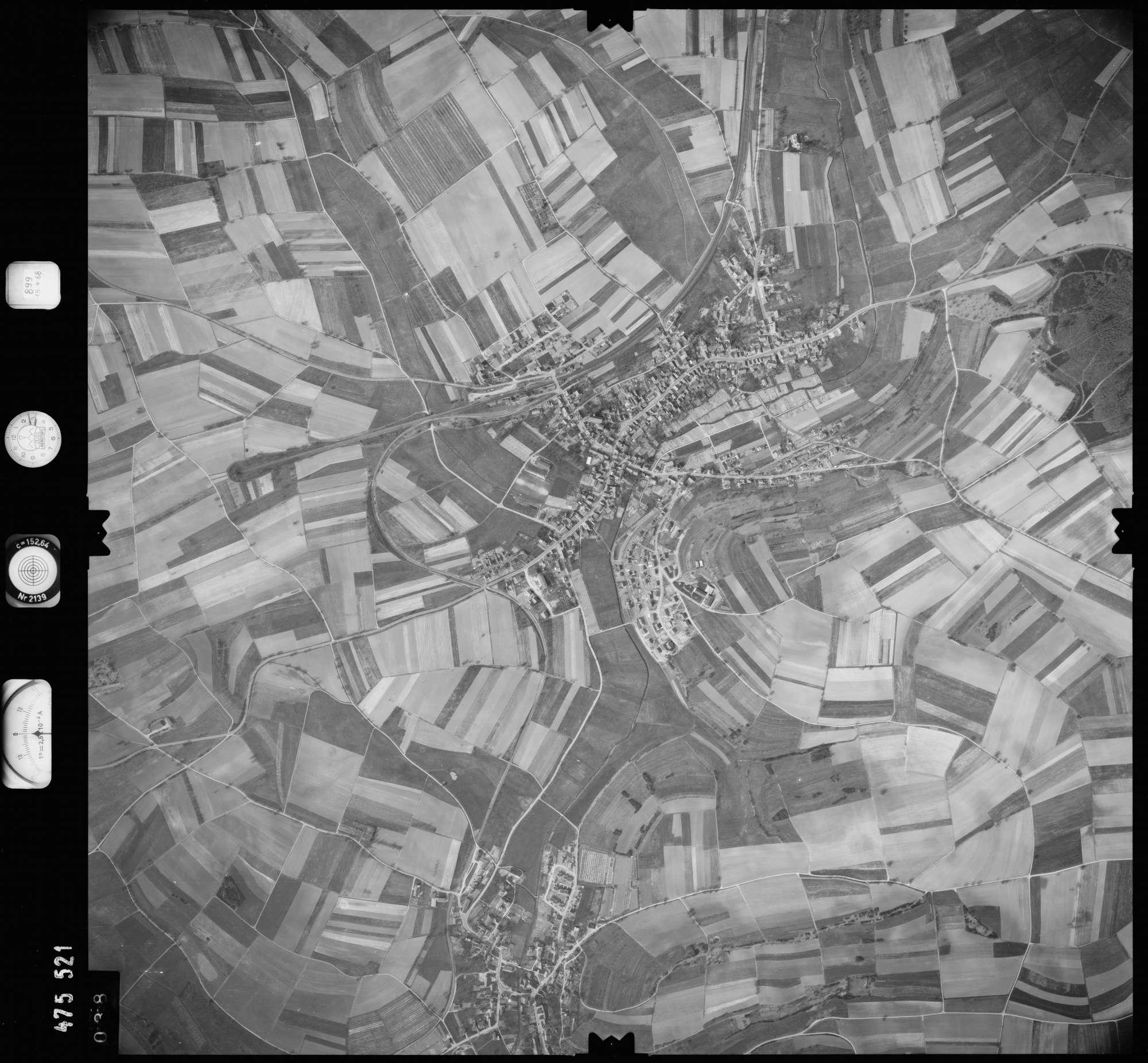 Luftbild: Film 899 Bildnr. 38, Bild 1