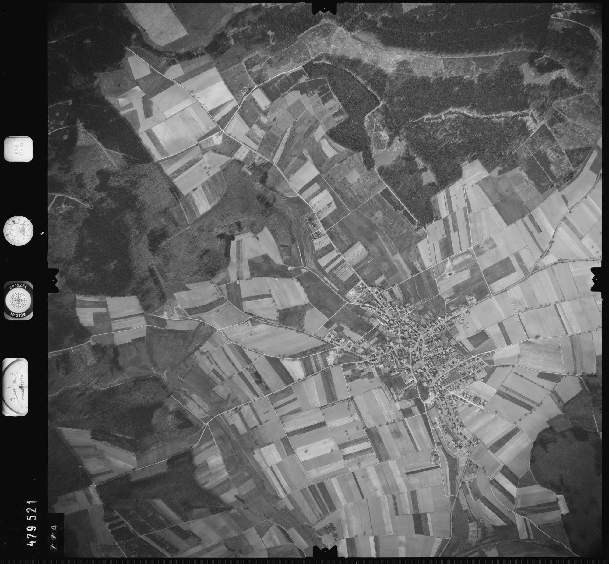 Luftbild: Film 898 Bildnr. 774, Bild 1