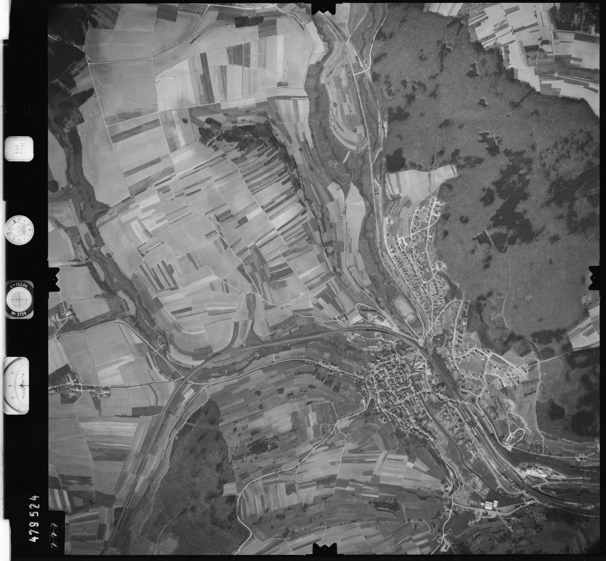 Luftbild: Film 898 Bildnr. 777, Bild 1