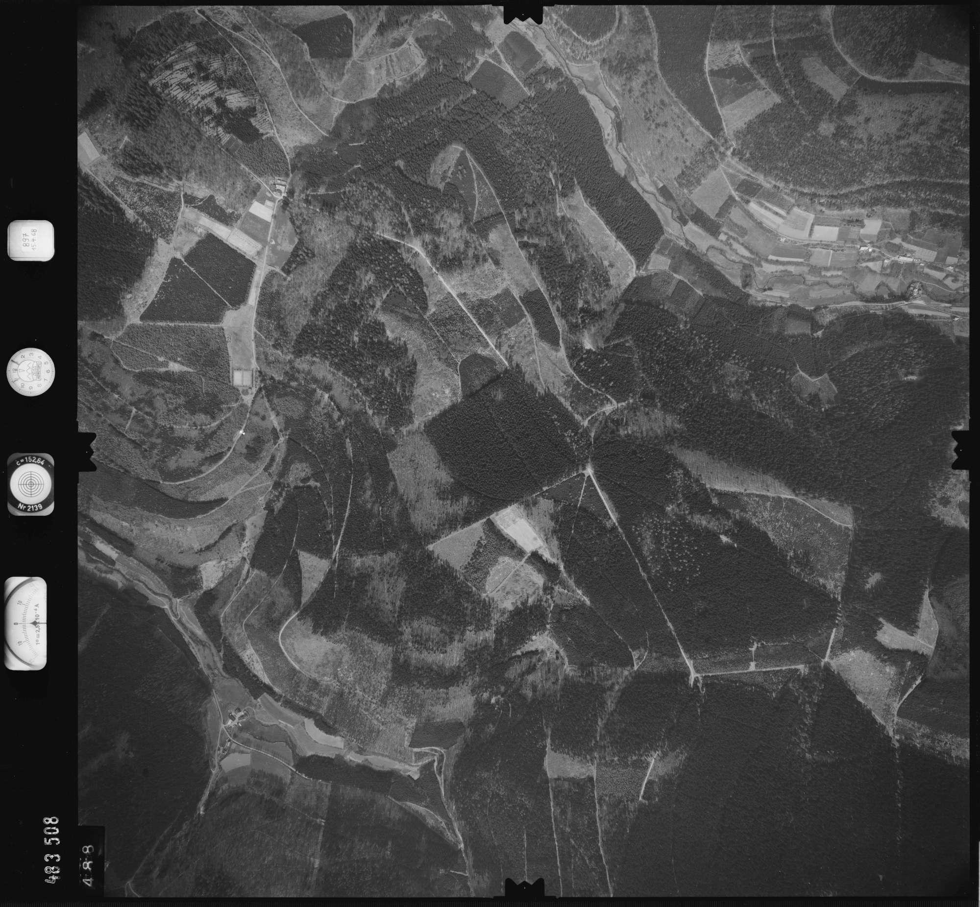 Luftbild: Film 897 Bildnr. 488, Bild 1