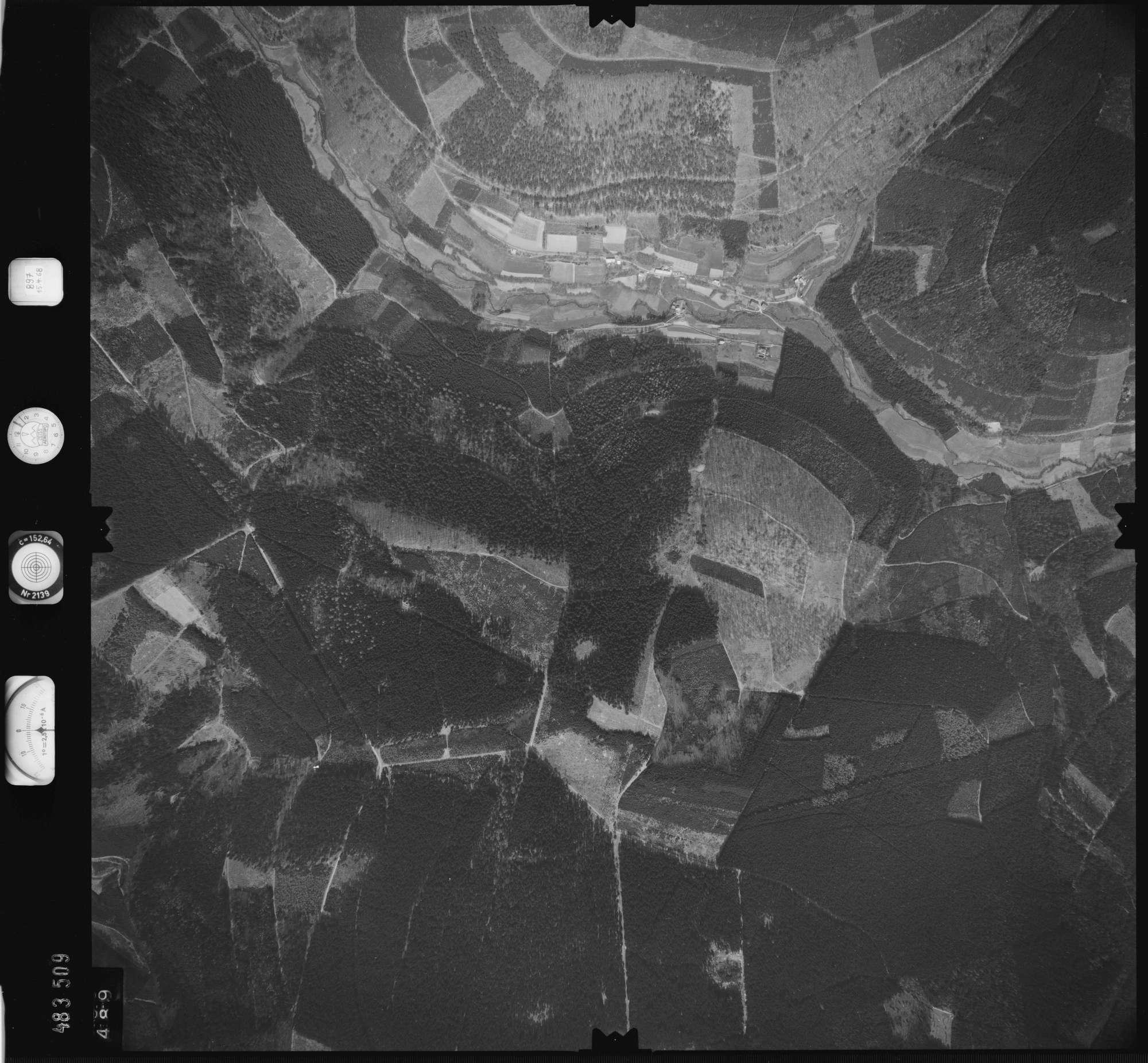 Luftbild: Film 897 Bildnr. 489, Bild 1
