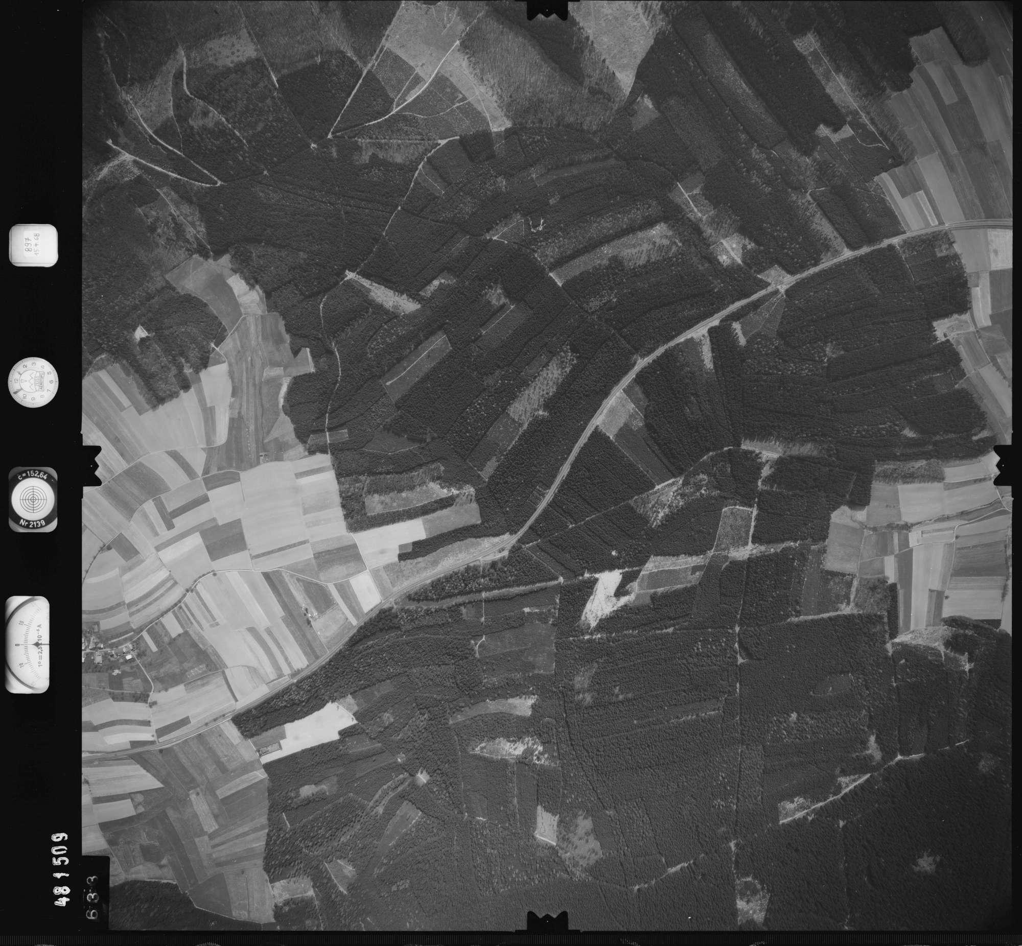 Luftbild: Film 897 Bildnr. 633, Bild 1