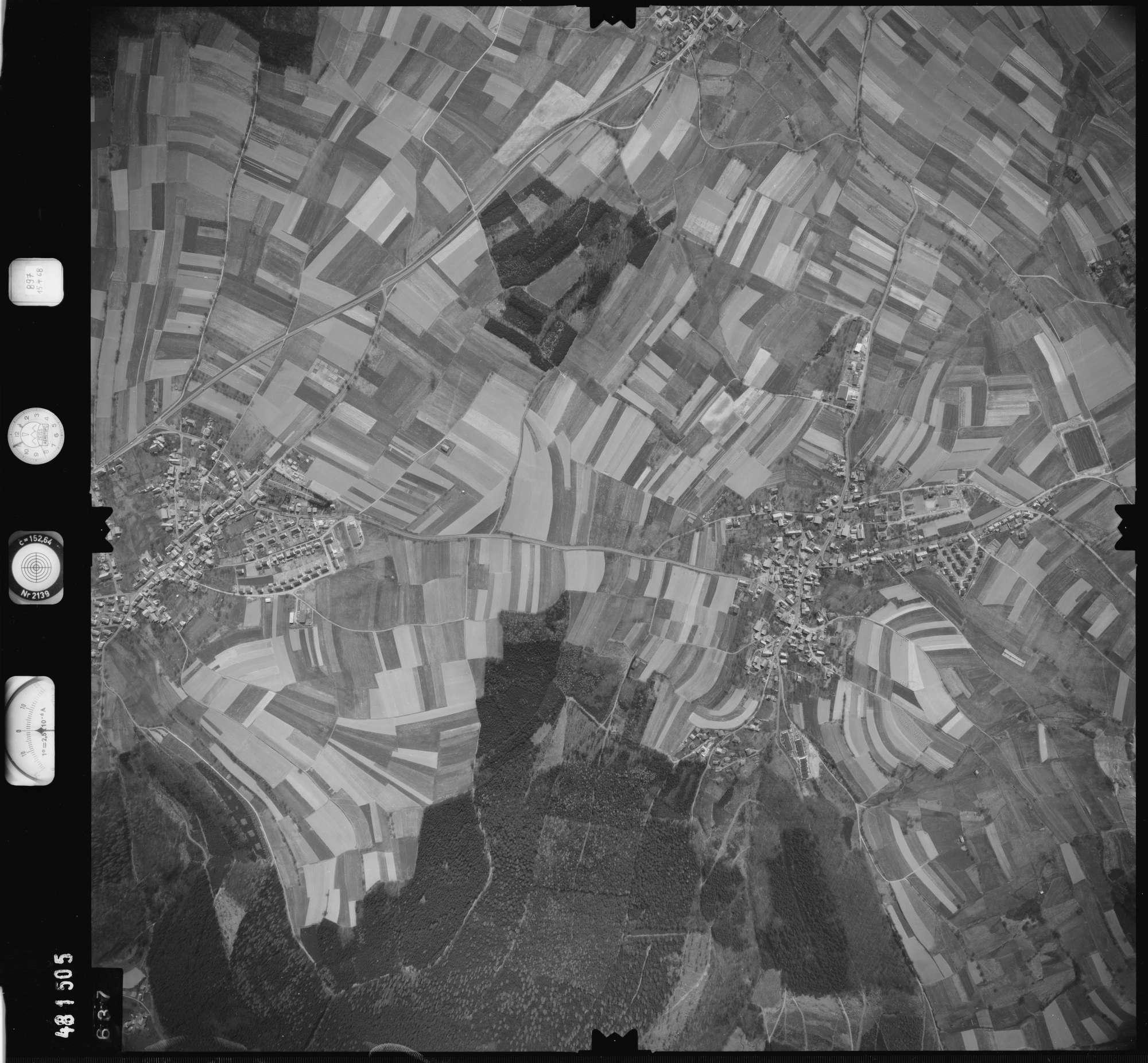 Luftbild: Film 897 Bildnr. 637, Bild 1