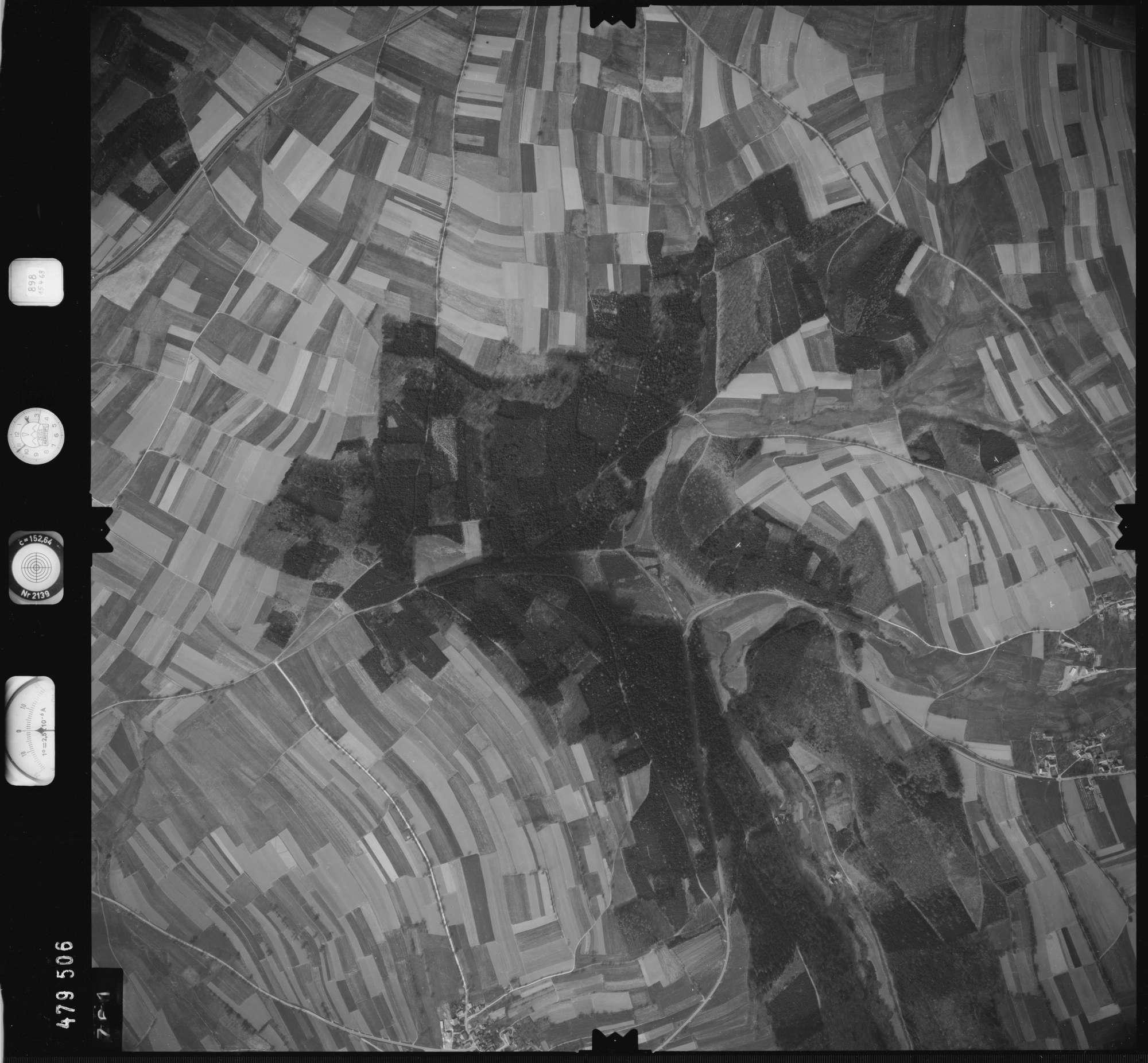 Luftbild: Film 898 Bildnr. 761, Bild 1