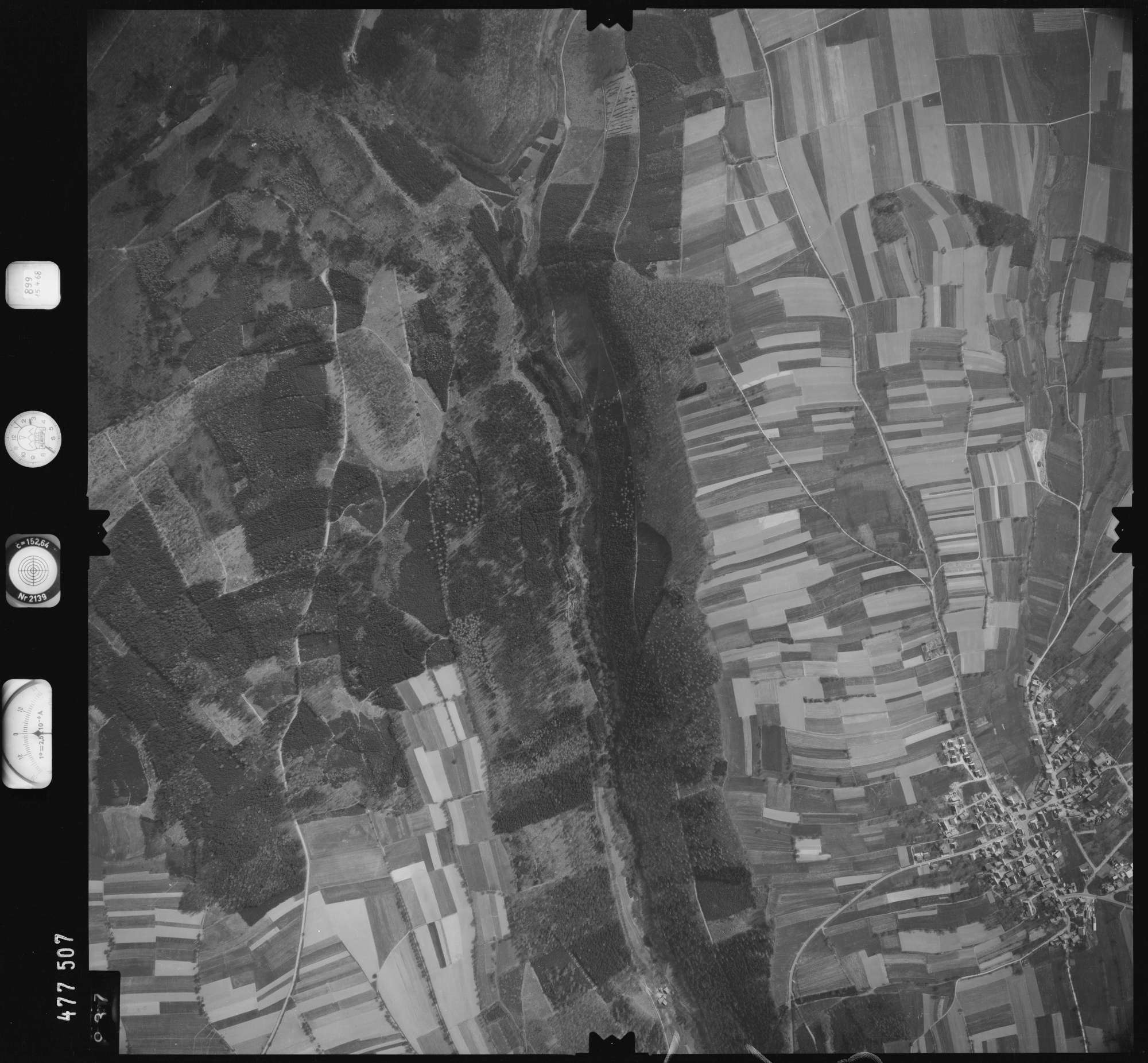 Luftbild: Film 899 Bildnr. 937, Bild 1