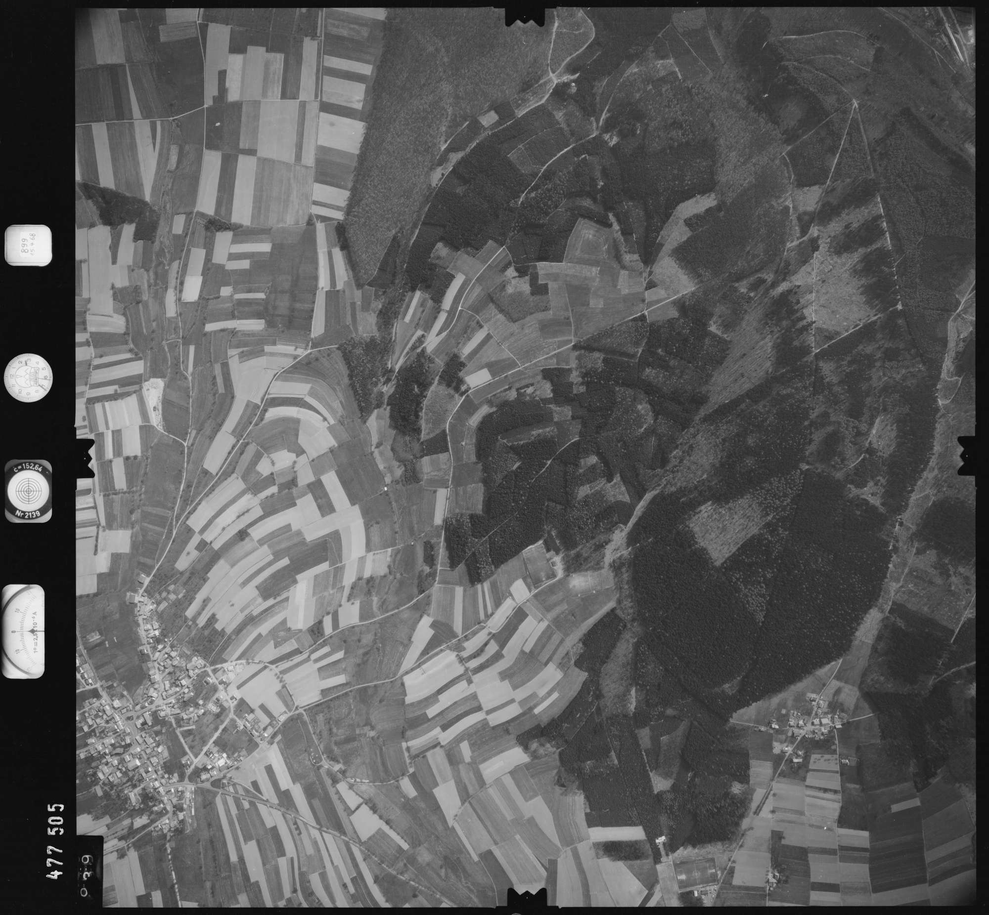 Luftbild: Film 899 Bildnr. 939, Bild 1