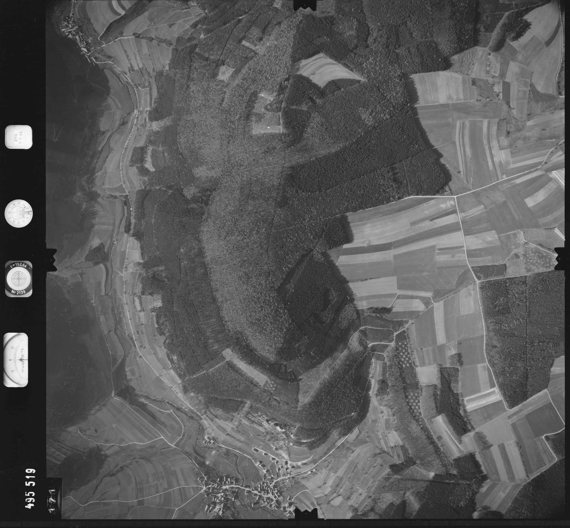 Luftbild: Film 889 Bildnr. 171, Bild 1