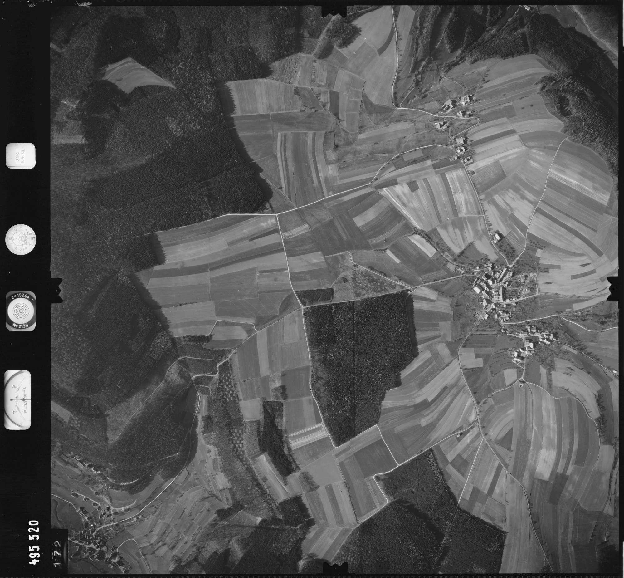 Luftbild: Film 889 Bildnr. 172, Bild 1