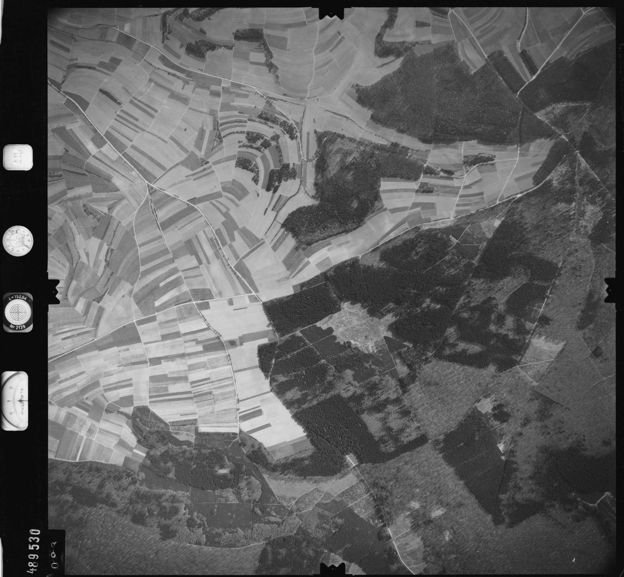 Luftbild: Film 895 Bildnr. 93, Bild 1