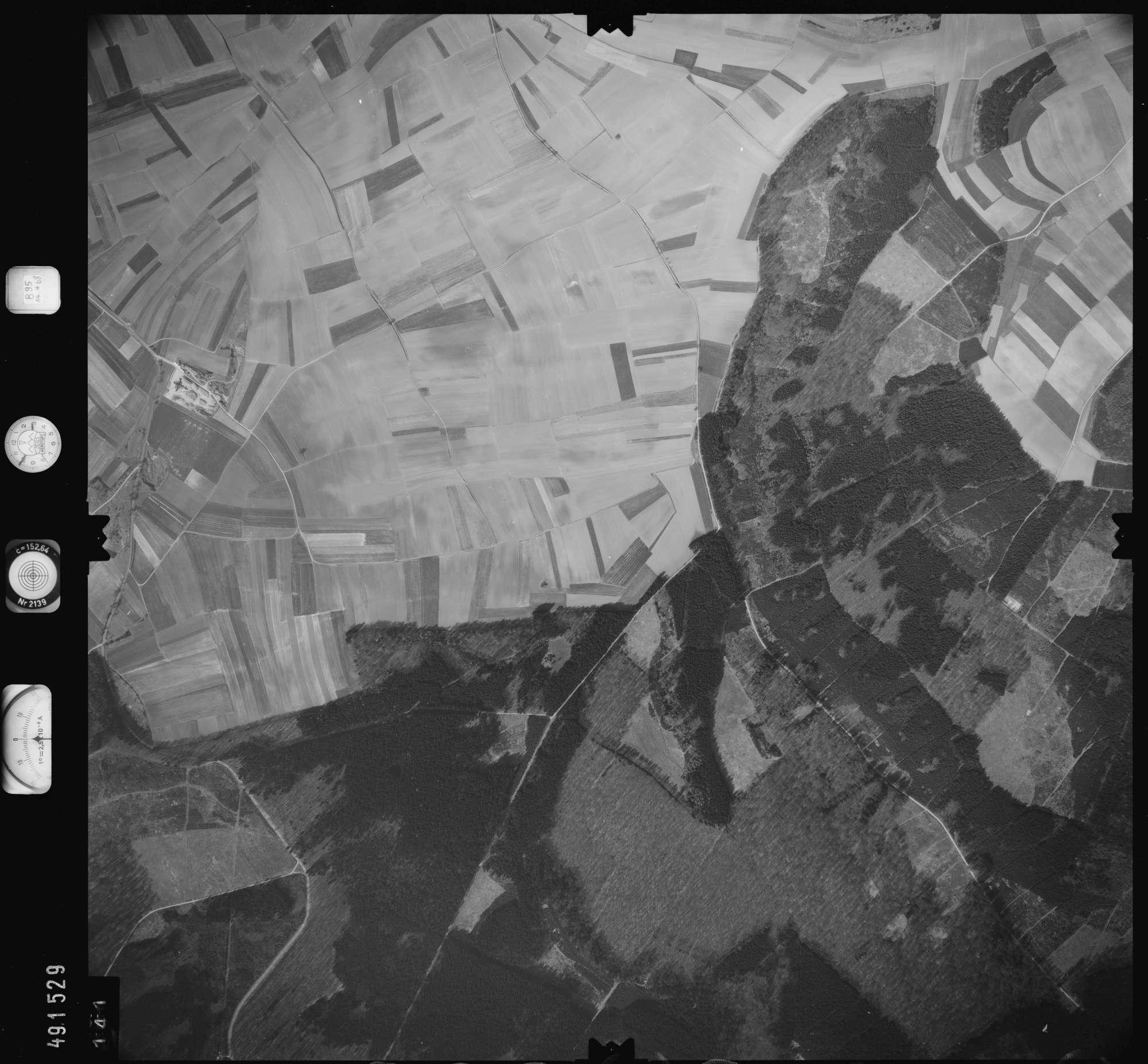 Luftbild: Film 895 Bildnr. 141, Bild 1
