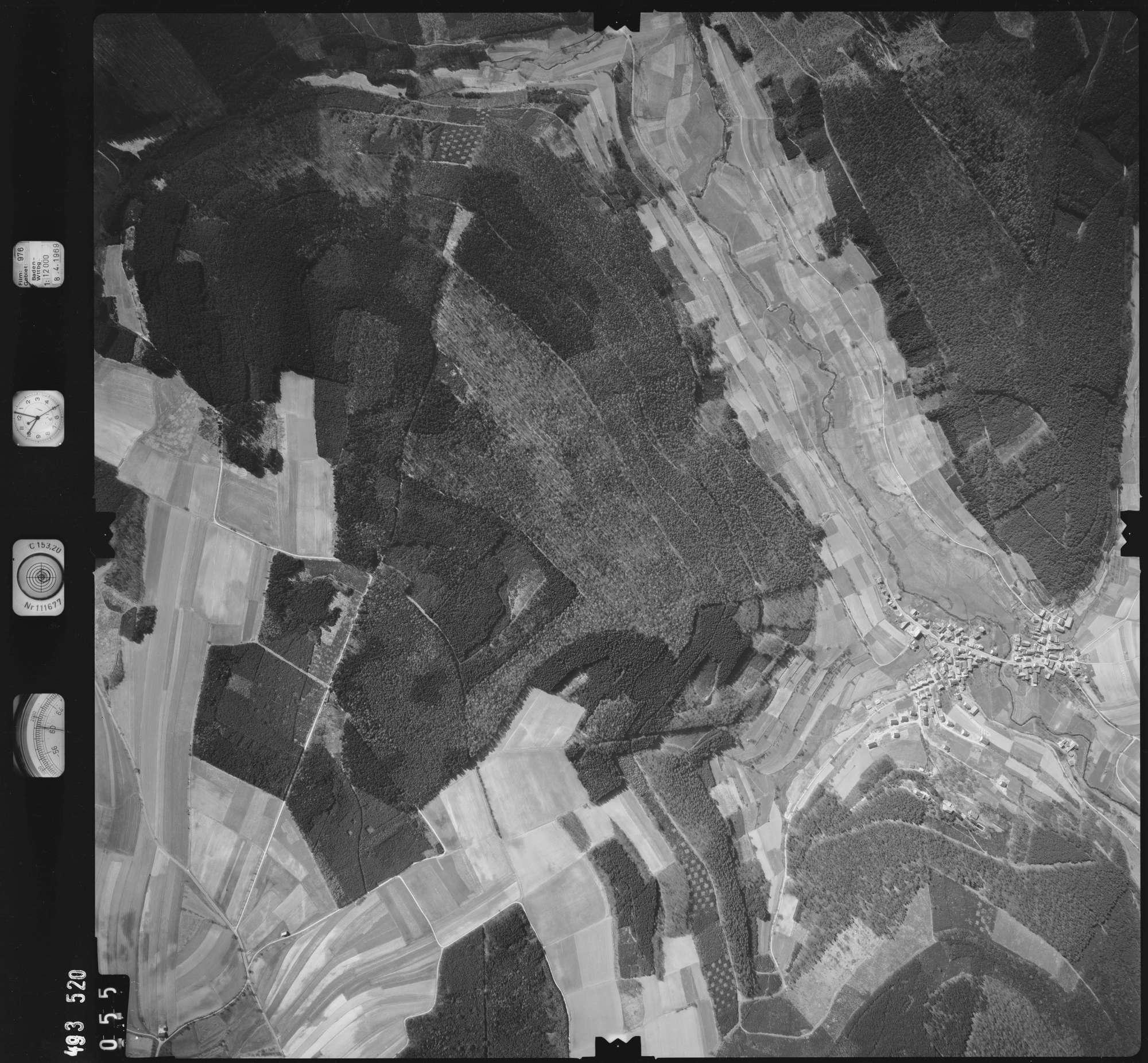 Luftbild: Film 976 Bildnr. 55, Bild 1