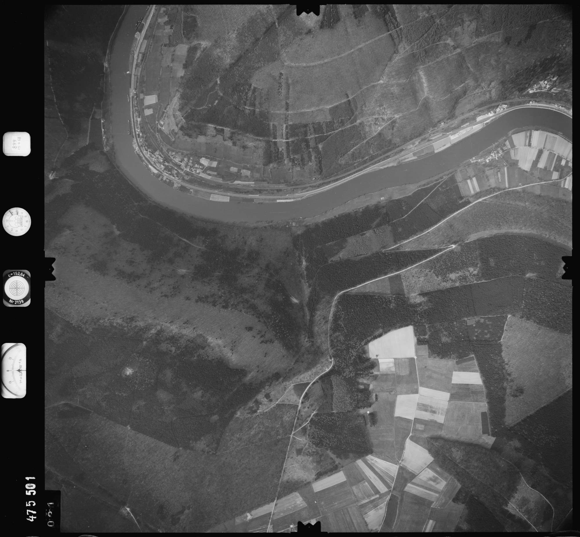 Luftbild: Film 899 Bildnr. 21, Bild 1