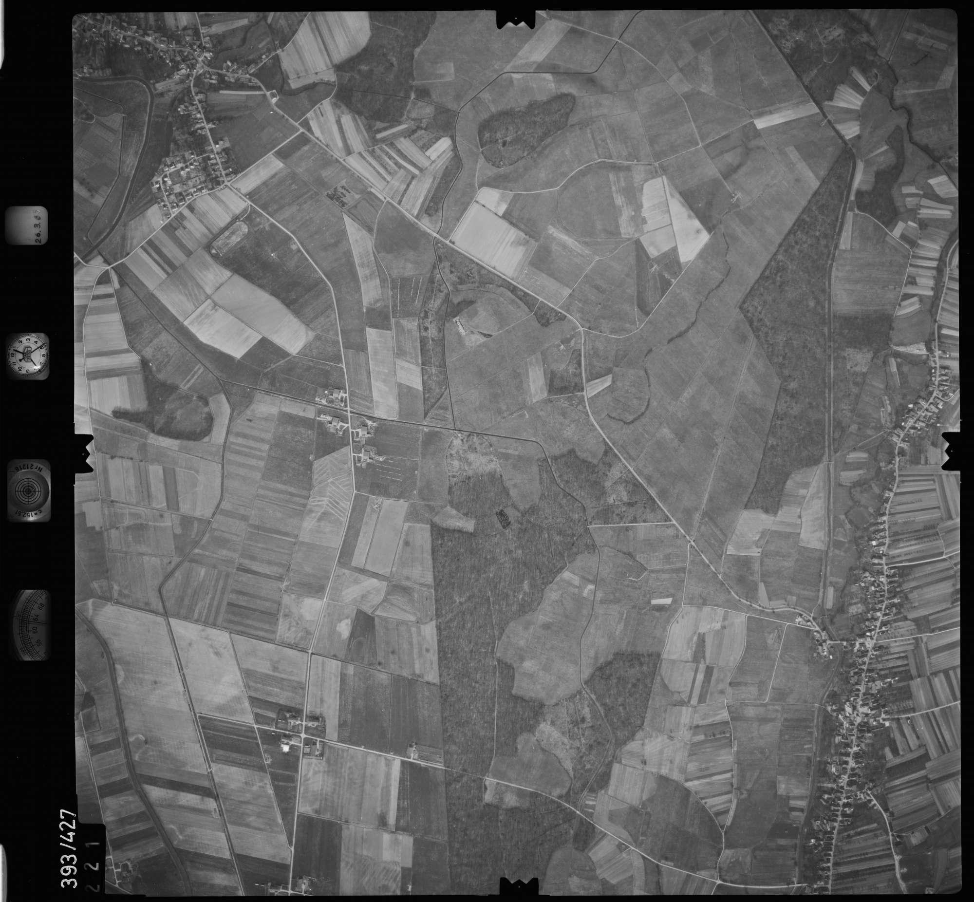 Luftbild: Film 8 Bildnr. 221, Bild 1