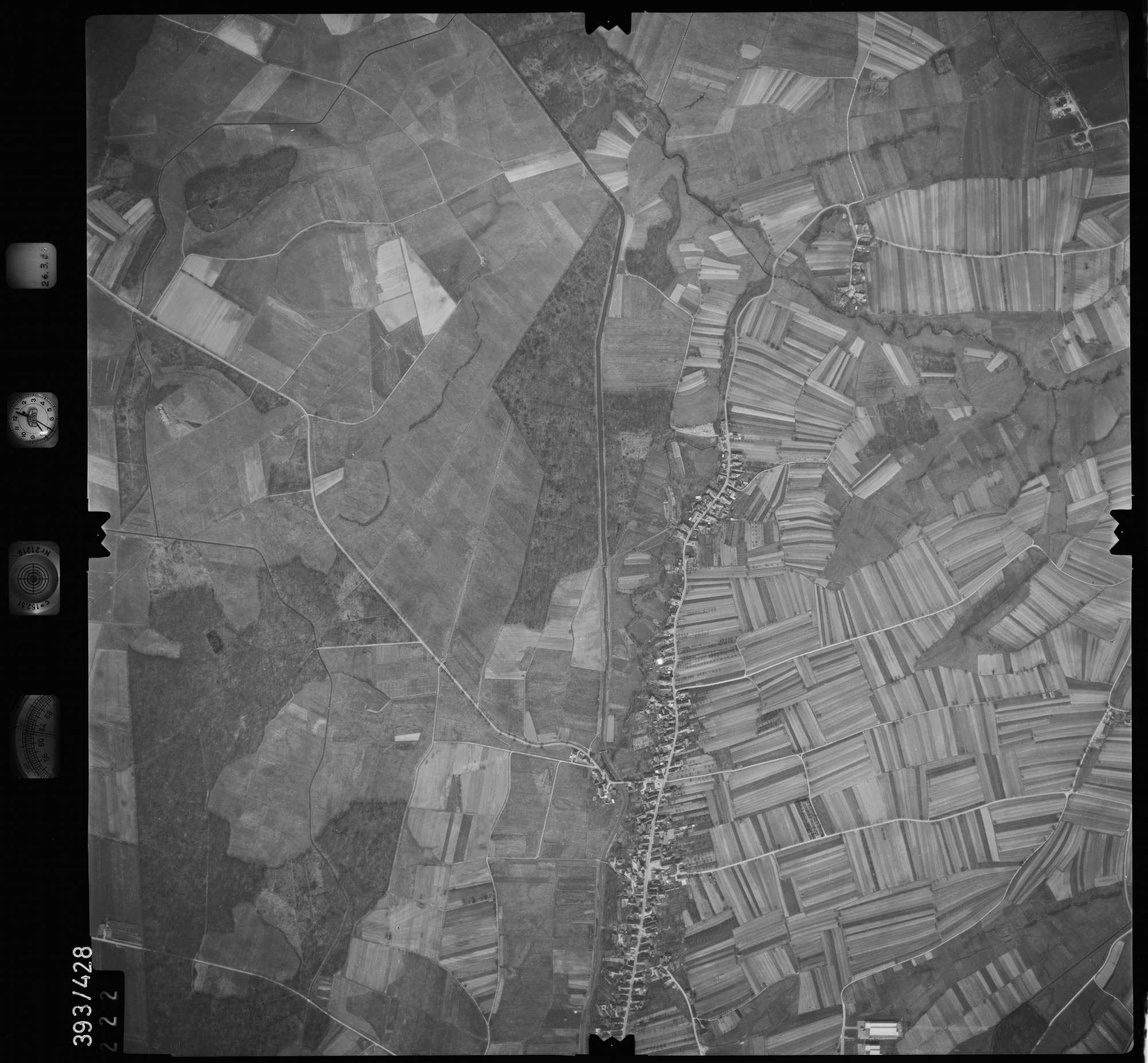 Luftbild: Film 8 Bildnr. 222, Bild 1