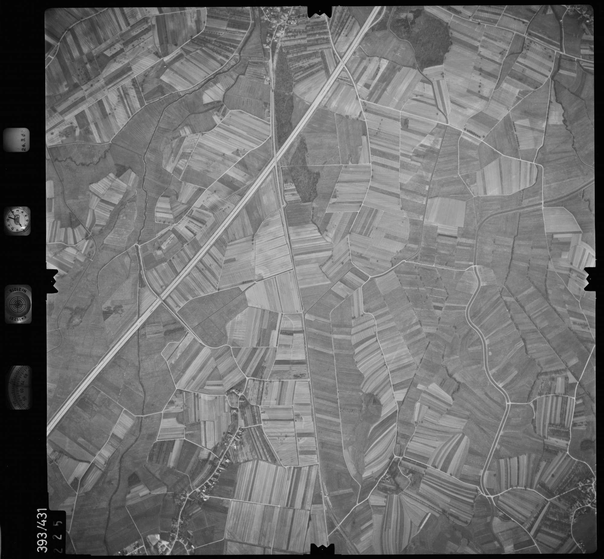 Luftbild: Film 8 Bildnr. 225, Bild 1