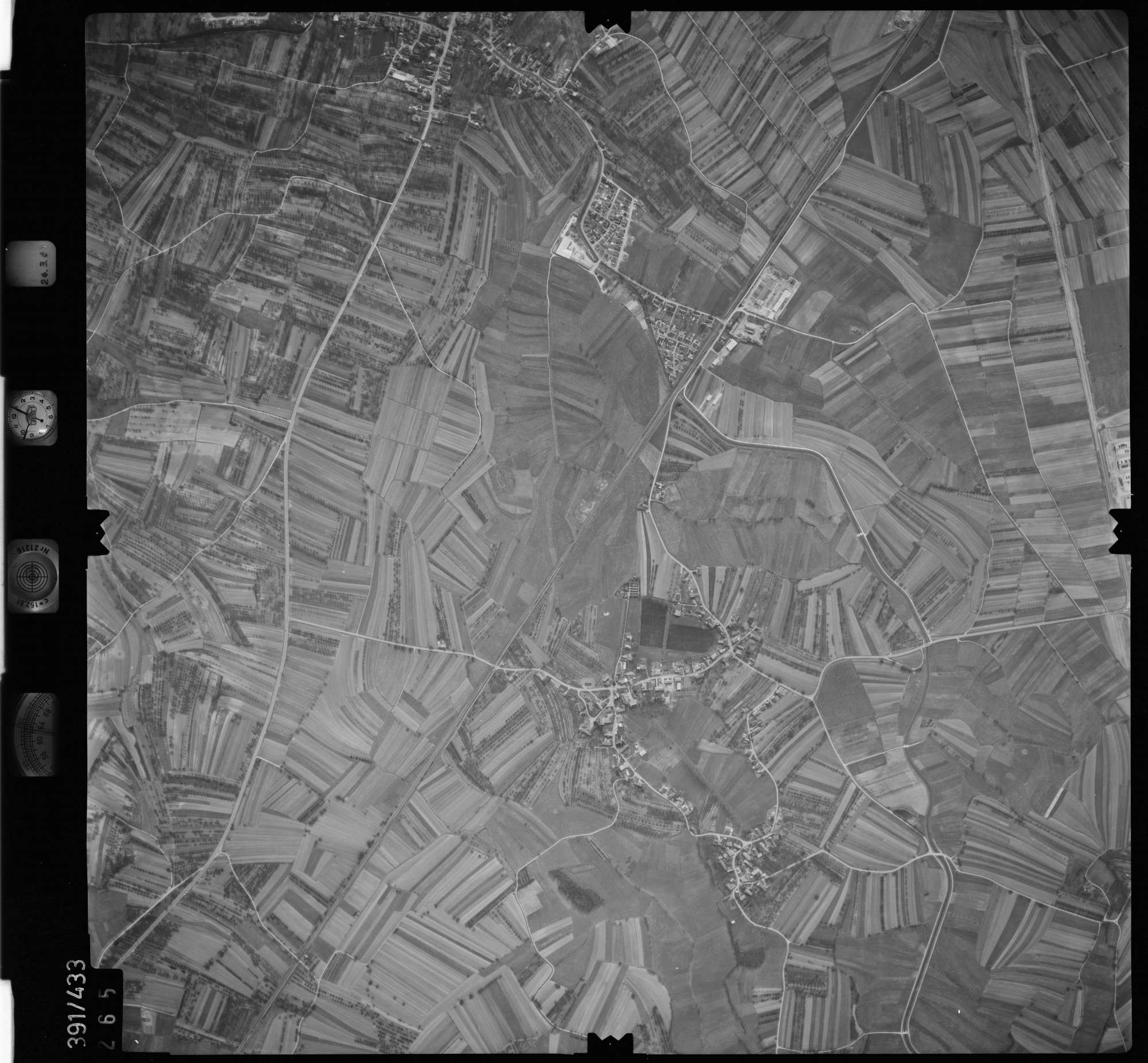 Luftbild: Film 19 Bildnr. 265, Bild 1