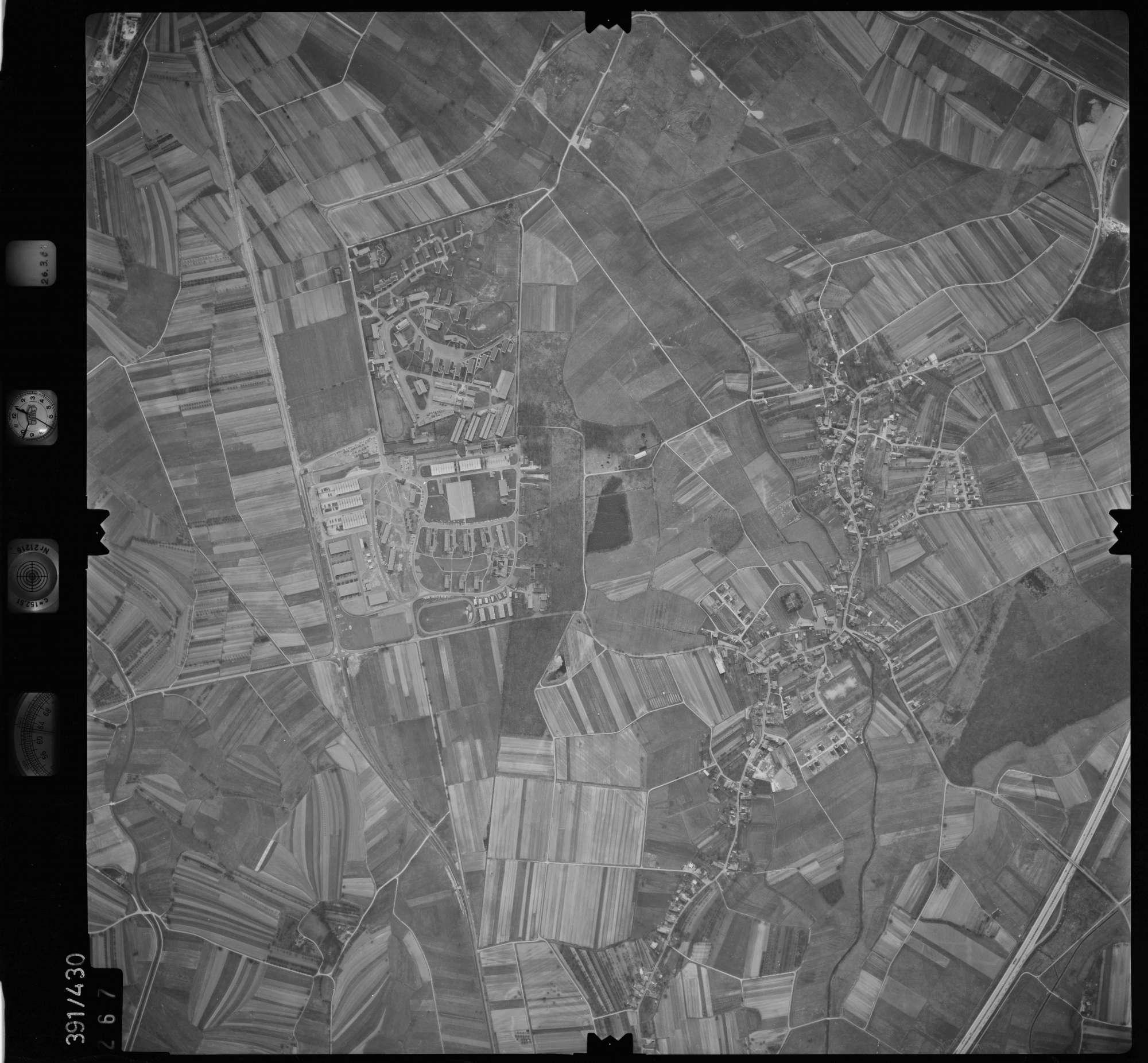Luftbild: Film 19 Bildnr. 267, Bild 1