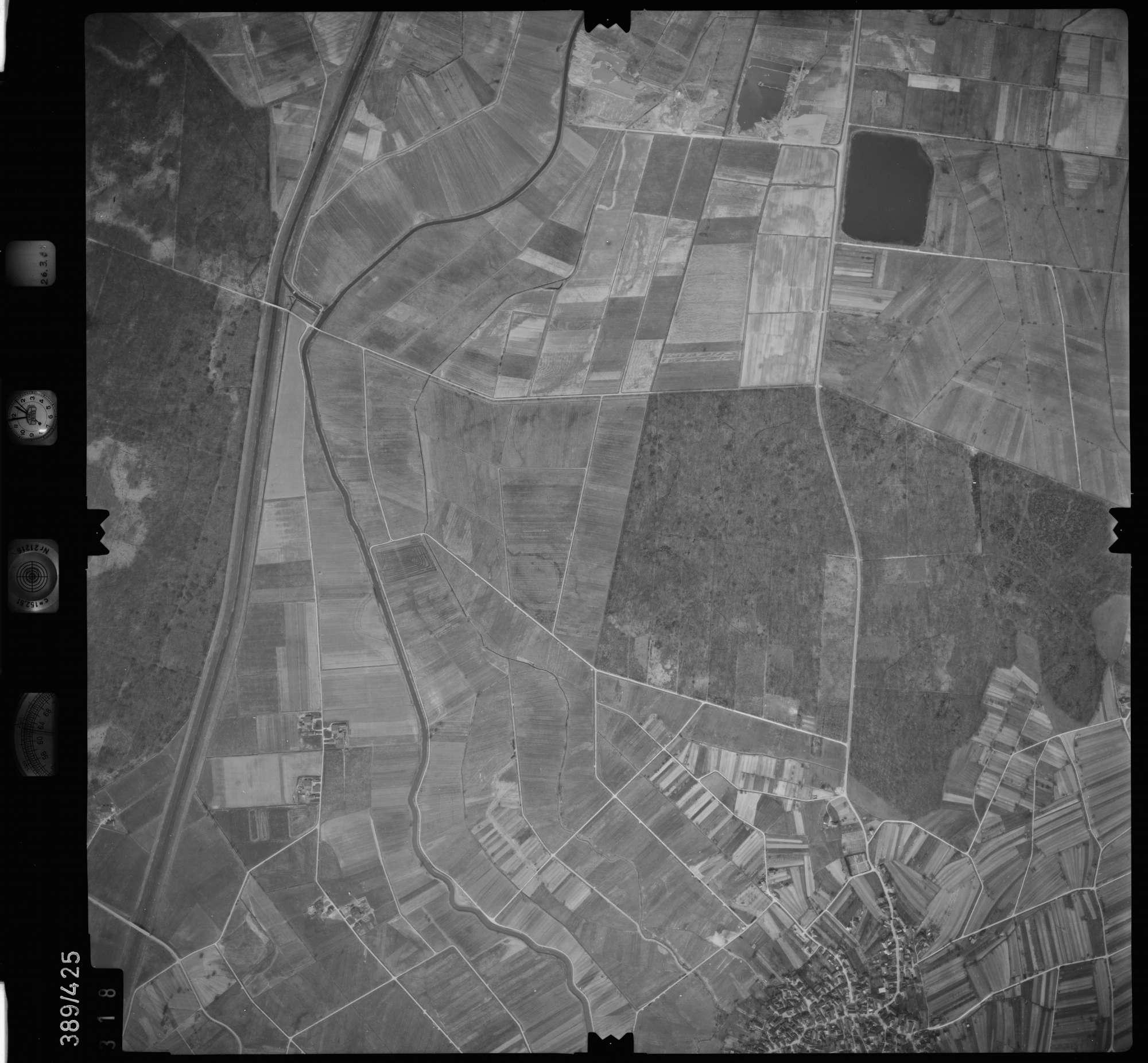 Luftbild: Film 20 Bildnr. 318, Bild 1