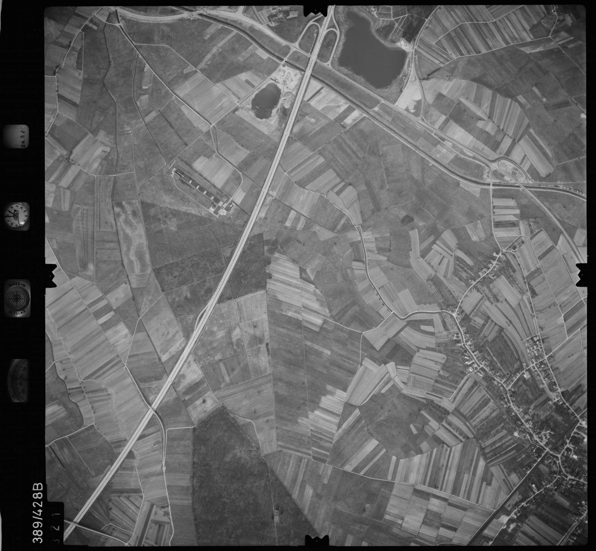 Luftbild: Film 20 Bildnr. 321, Bild 1