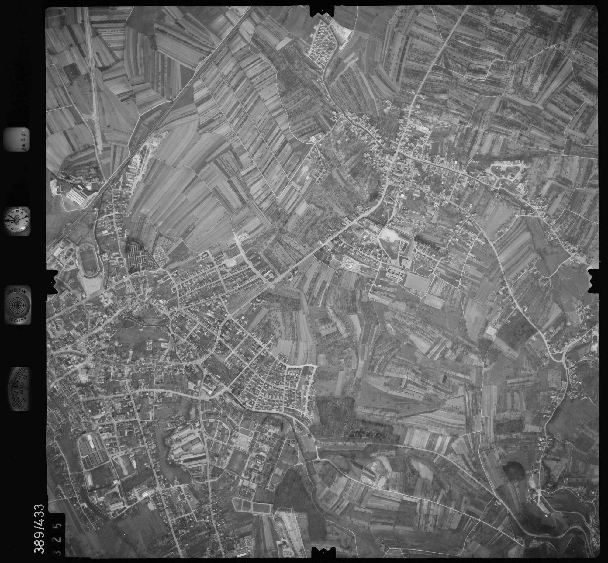 Luftbild: Film 20 Bildnr. 325, Bild 1